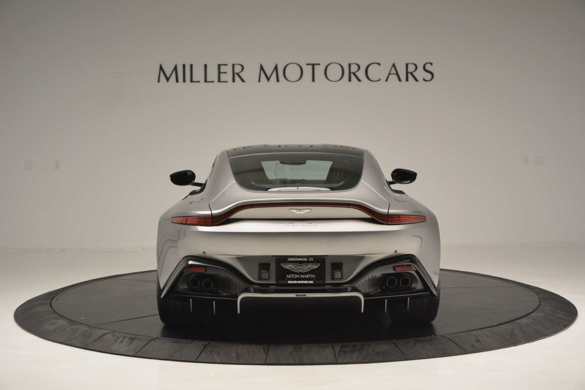 New 2019 Aston Martin Vantage Coupe For Sale In Greenwich, CT 3122_p6