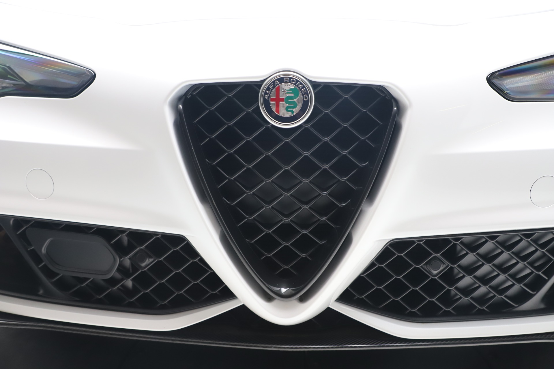 New 2019 Alfa Romeo Giulia Quadrifoglio For Sale In Greenwich, CT 3130_p31