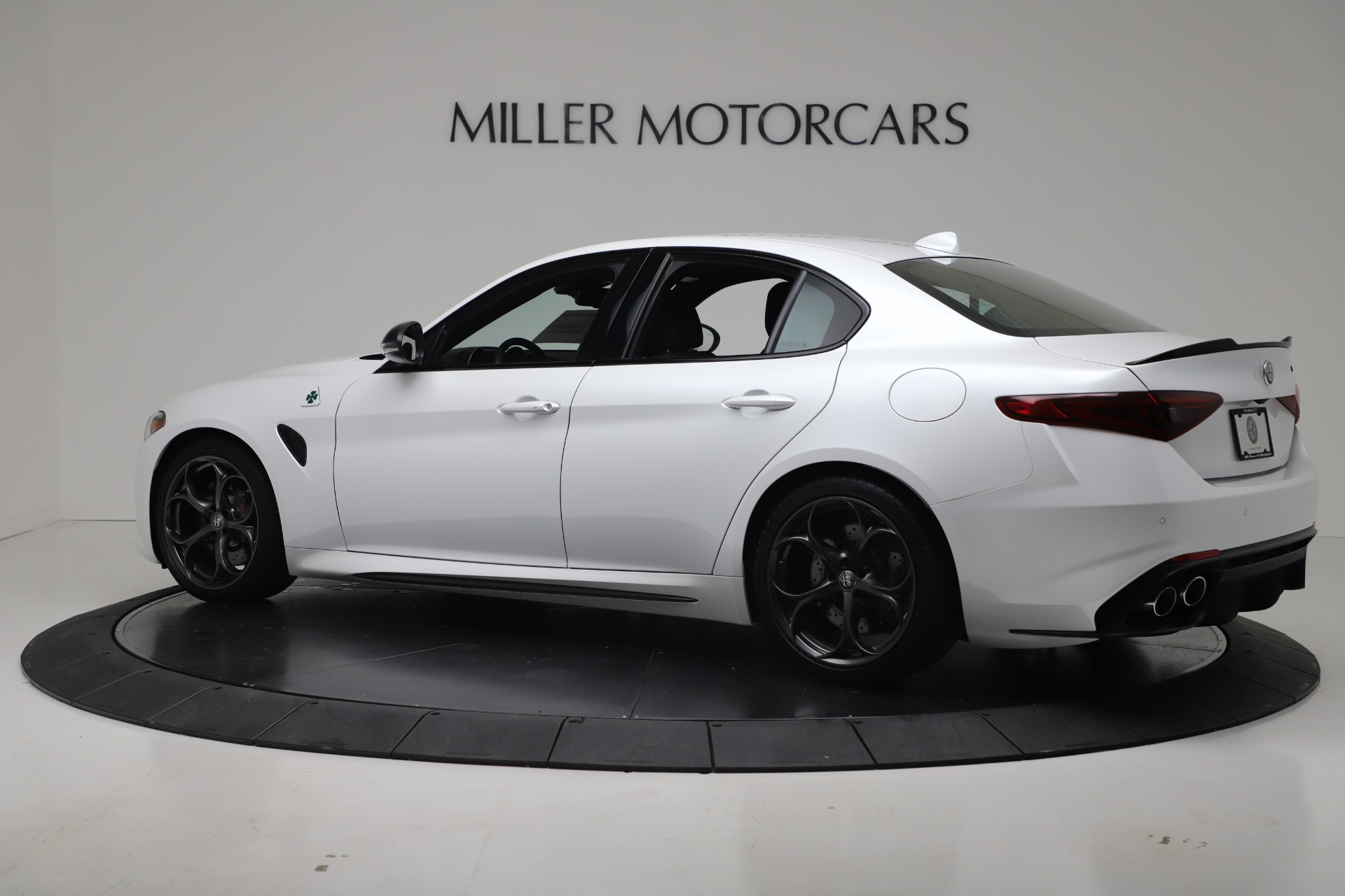 New 2019 Alfa Romeo Giulia Quadrifoglio For Sale In Greenwich, CT 3130_p4
