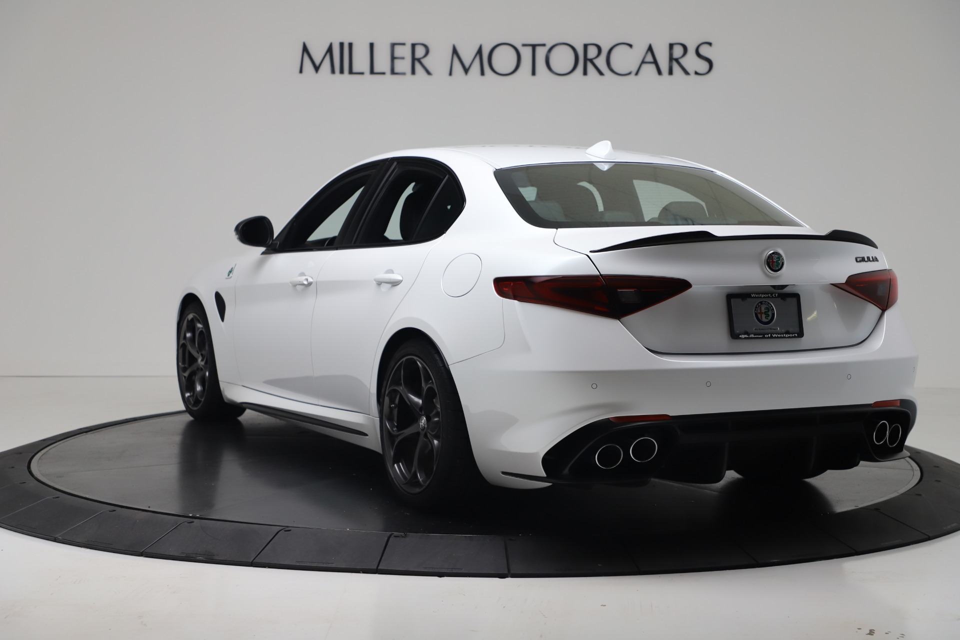 New 2019 Alfa Romeo Giulia Quadrifoglio For Sale In Greenwich, CT 3130_p5