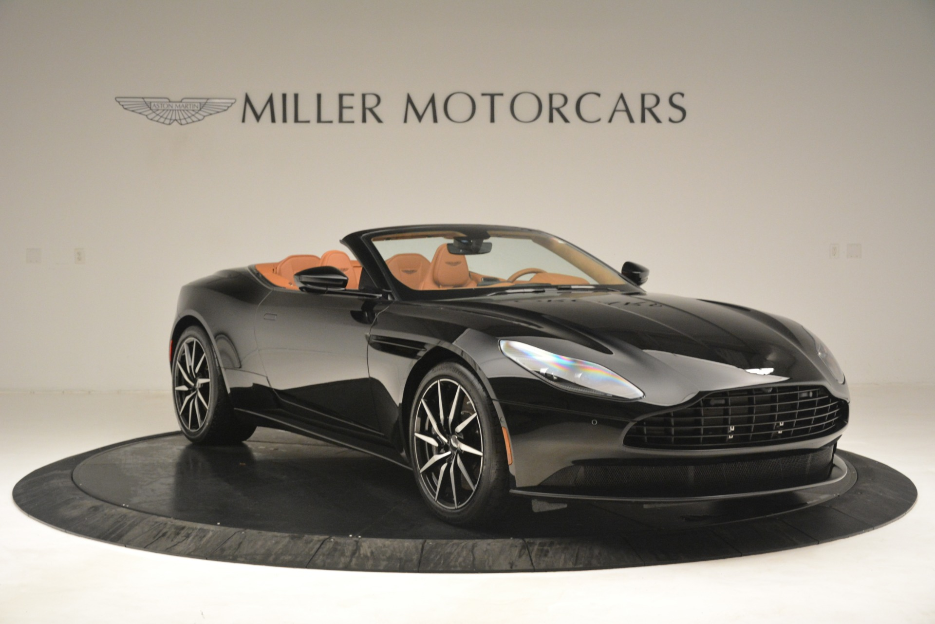 New 2019 Aston Martin DB11 V8 Convertible For Sale In Greenwich, CT 3135_p11