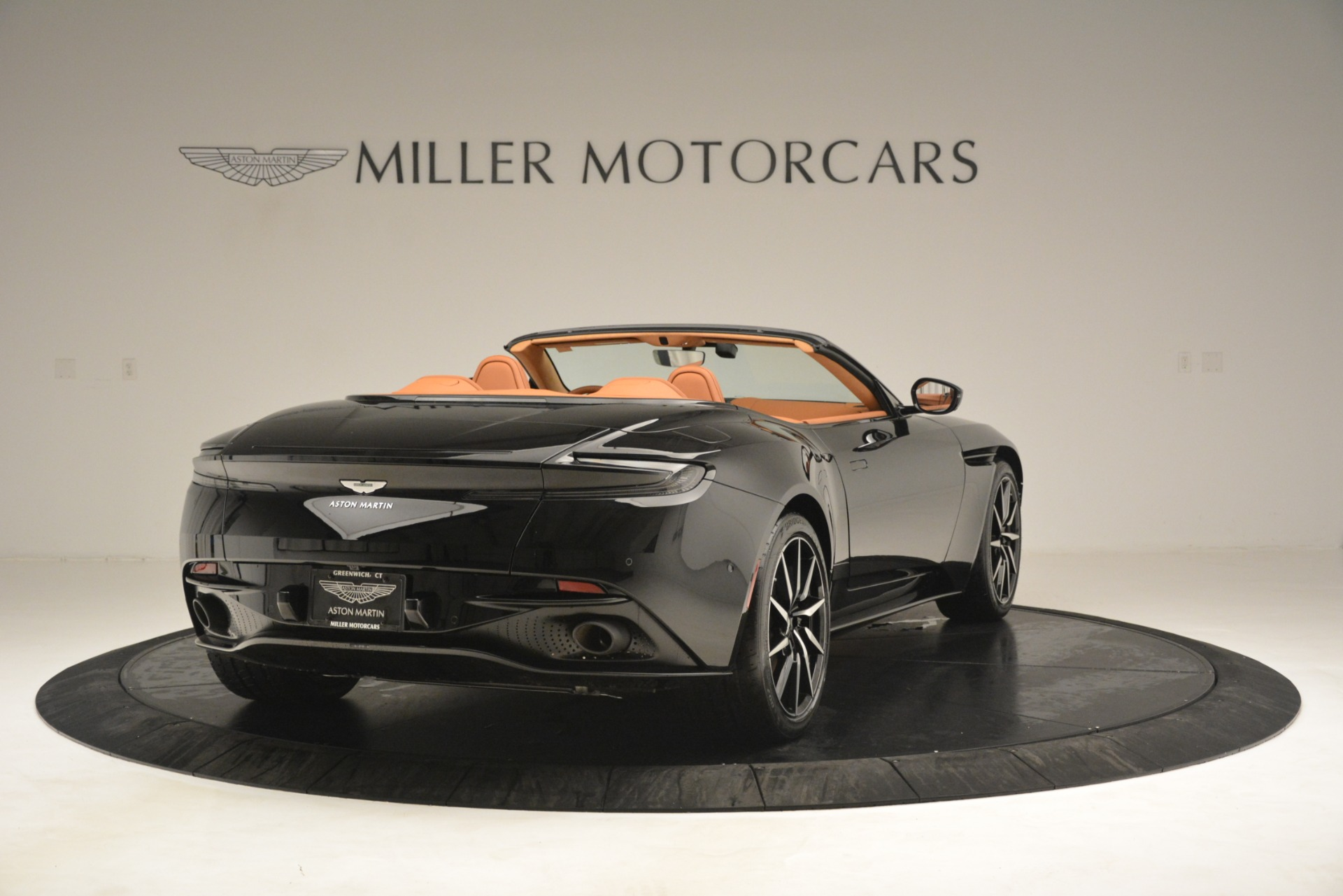 New 2019 Aston Martin DB11 V8 Convertible For Sale In Greenwich, CT 3135_p7