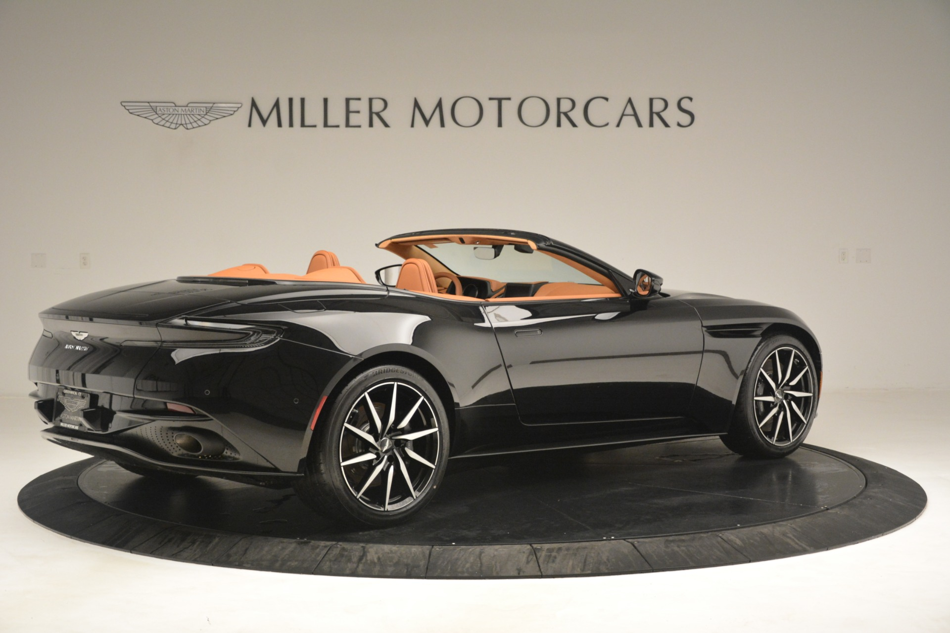 New 2019 Aston Martin DB11 V8 Convertible For Sale In Greenwich, CT 3135_p8