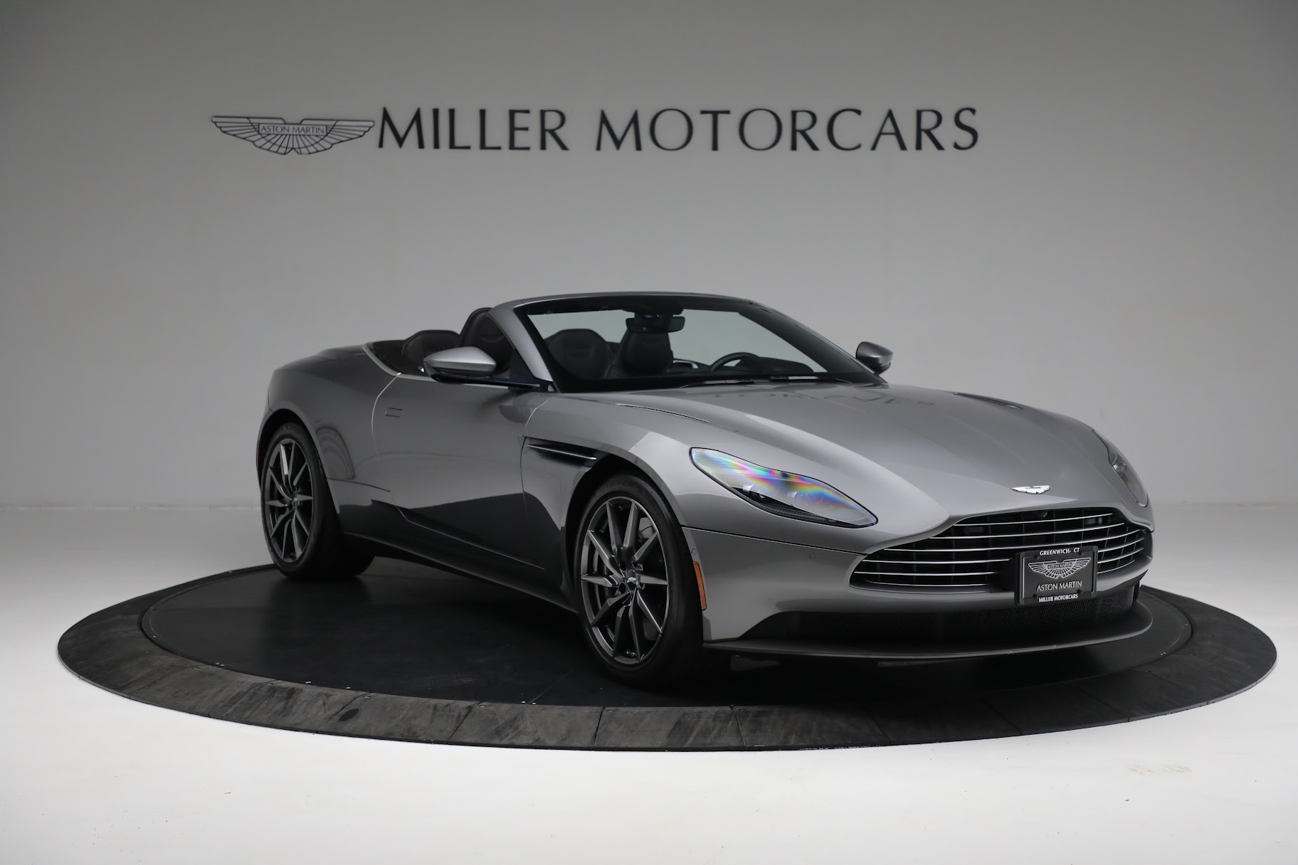 New 2019 Aston Martin DB11 V8 Convertible For Sale In Greenwich, CT 3136_p10