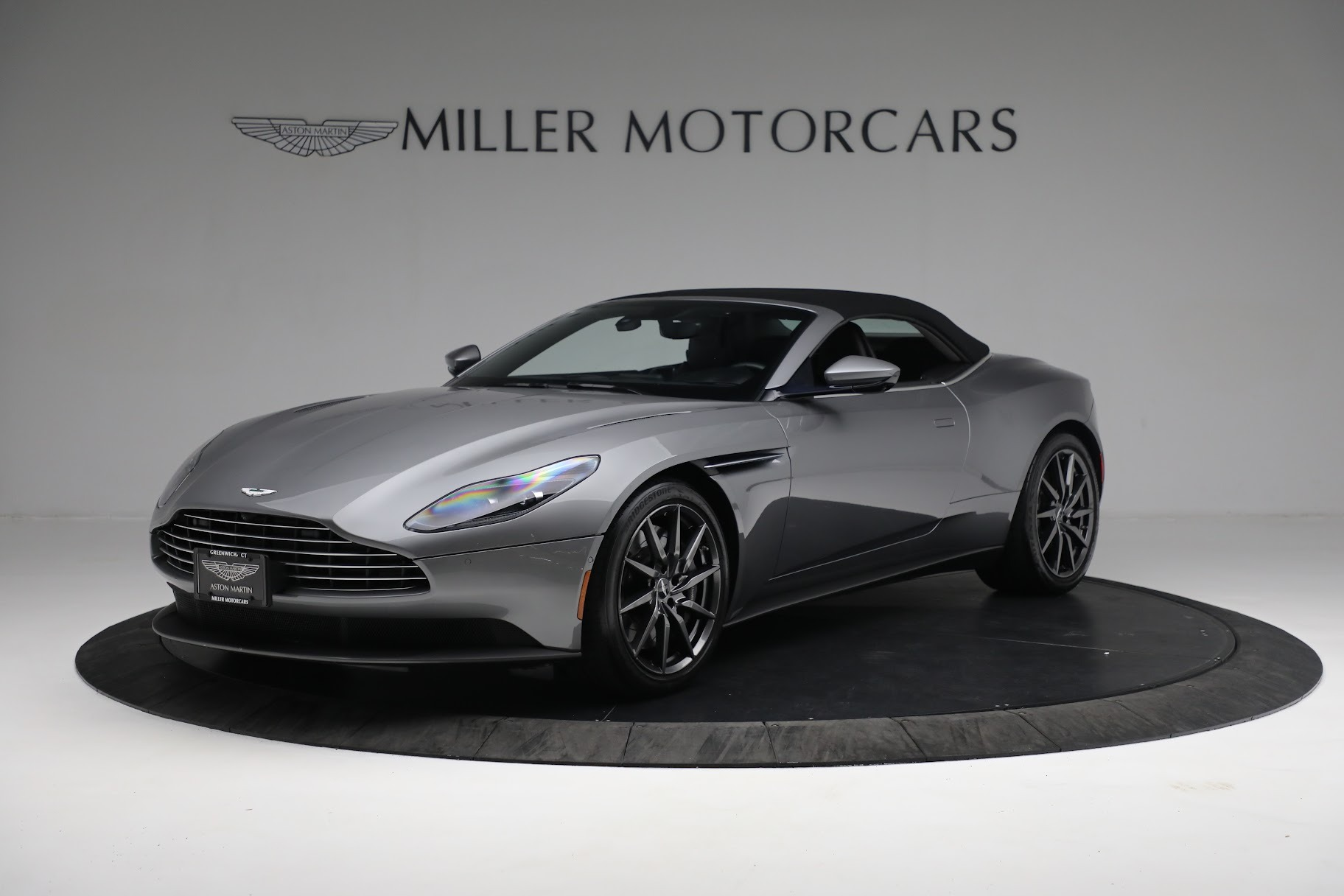 New 2019 Aston Martin DB11 V8 Convertible For Sale In Greenwich, CT 3136_p13