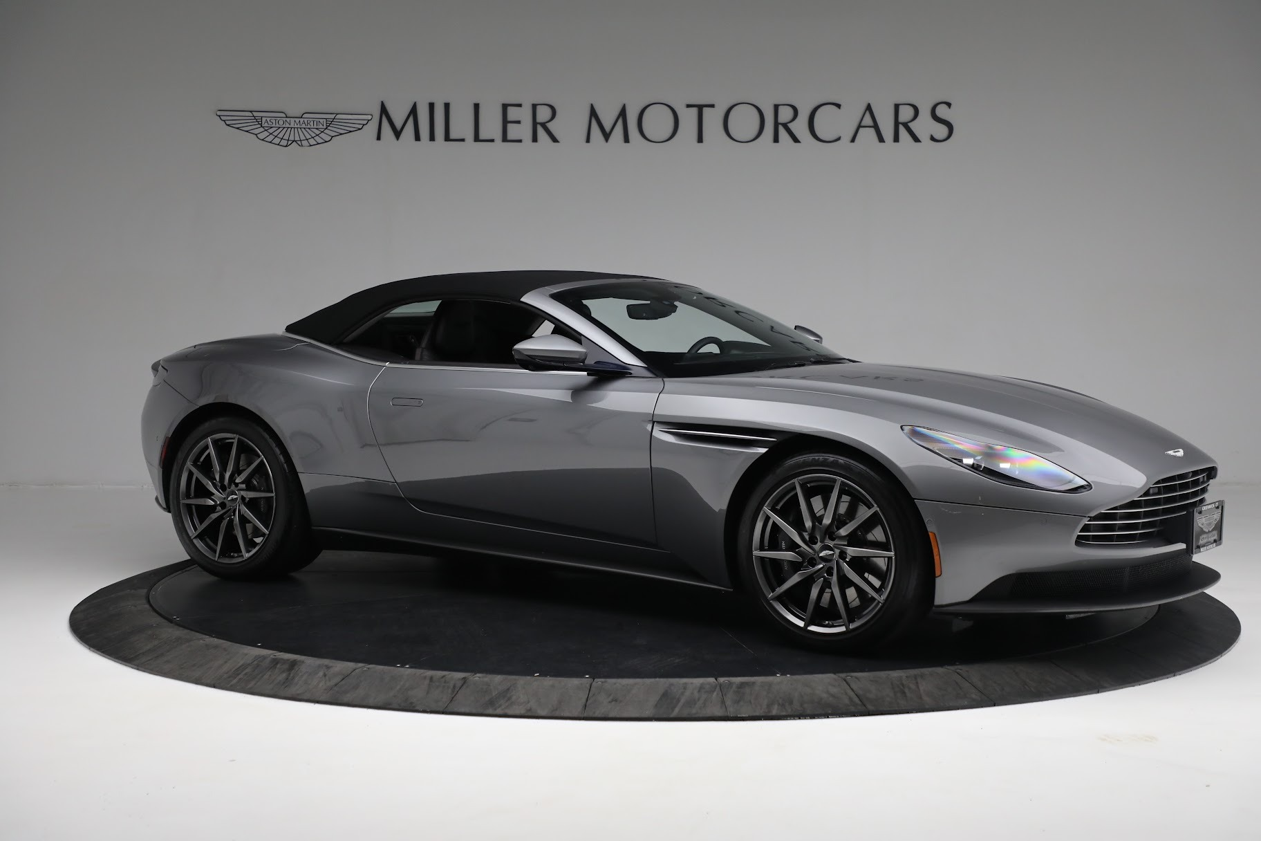 New 2019 Aston Martin DB11 V8 Convertible For Sale In Greenwich, CT 3136_p16