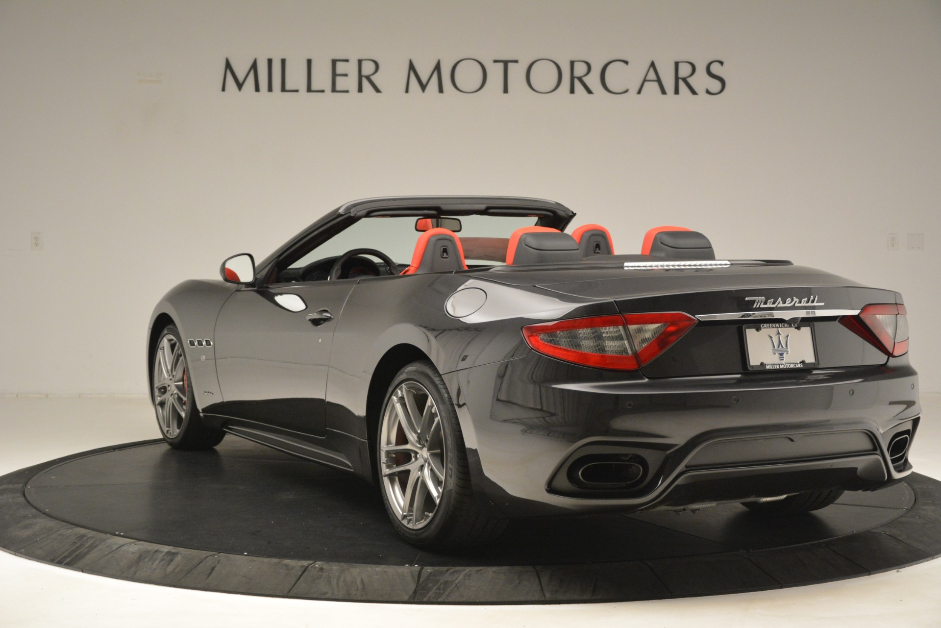 New 2018 Maserati GranTurismo Sport Convertible For Sale In Greenwich, CT 3138_p9