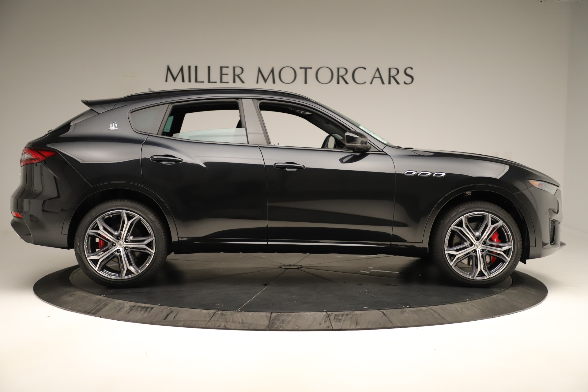 New 2019 Maserati Levante GTS For Sale In Greenwich, CT 3140_p9