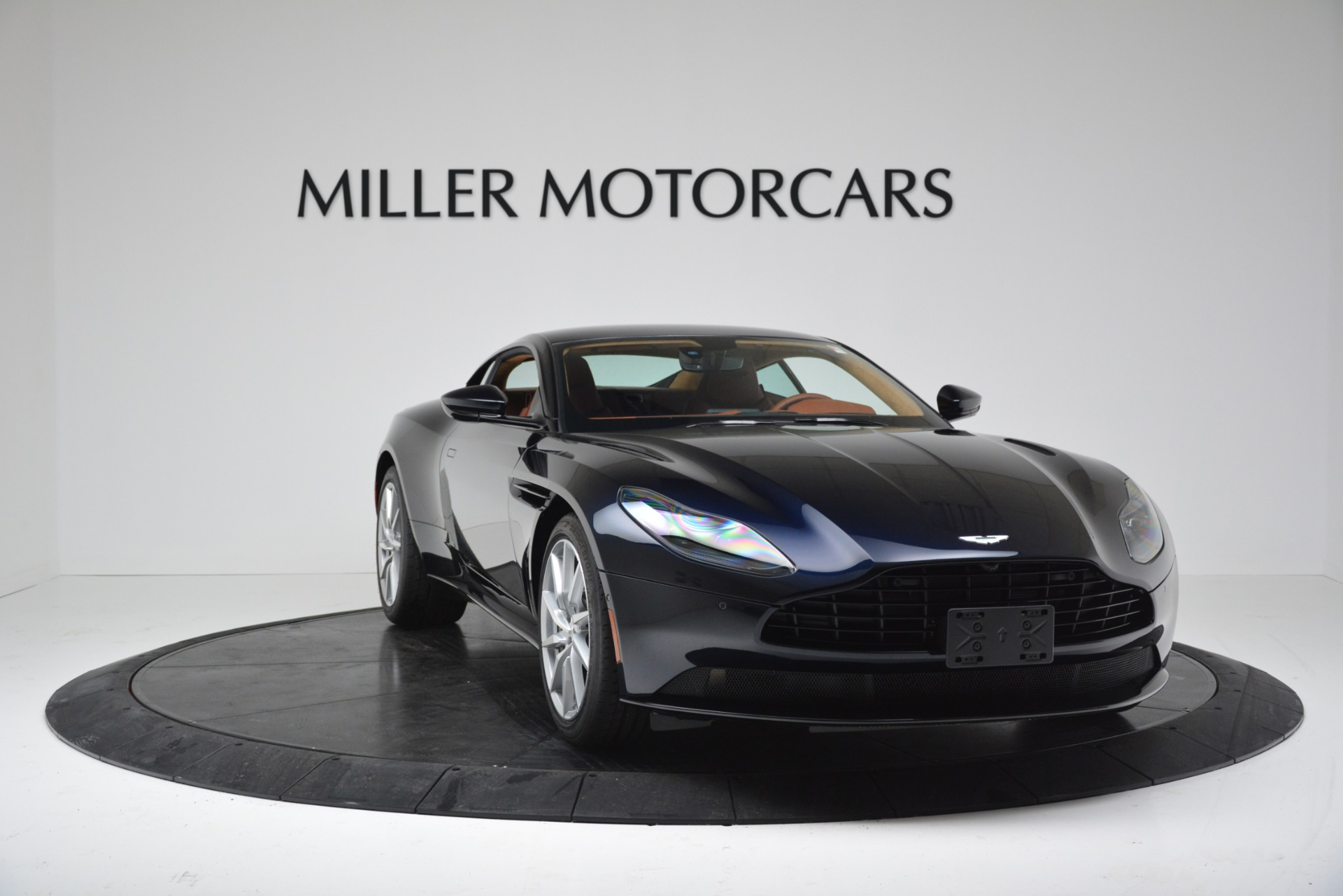 New 2019 Aston Martin DB11 V8 Coupe For Sale In Greenwich, CT 3145_p11
