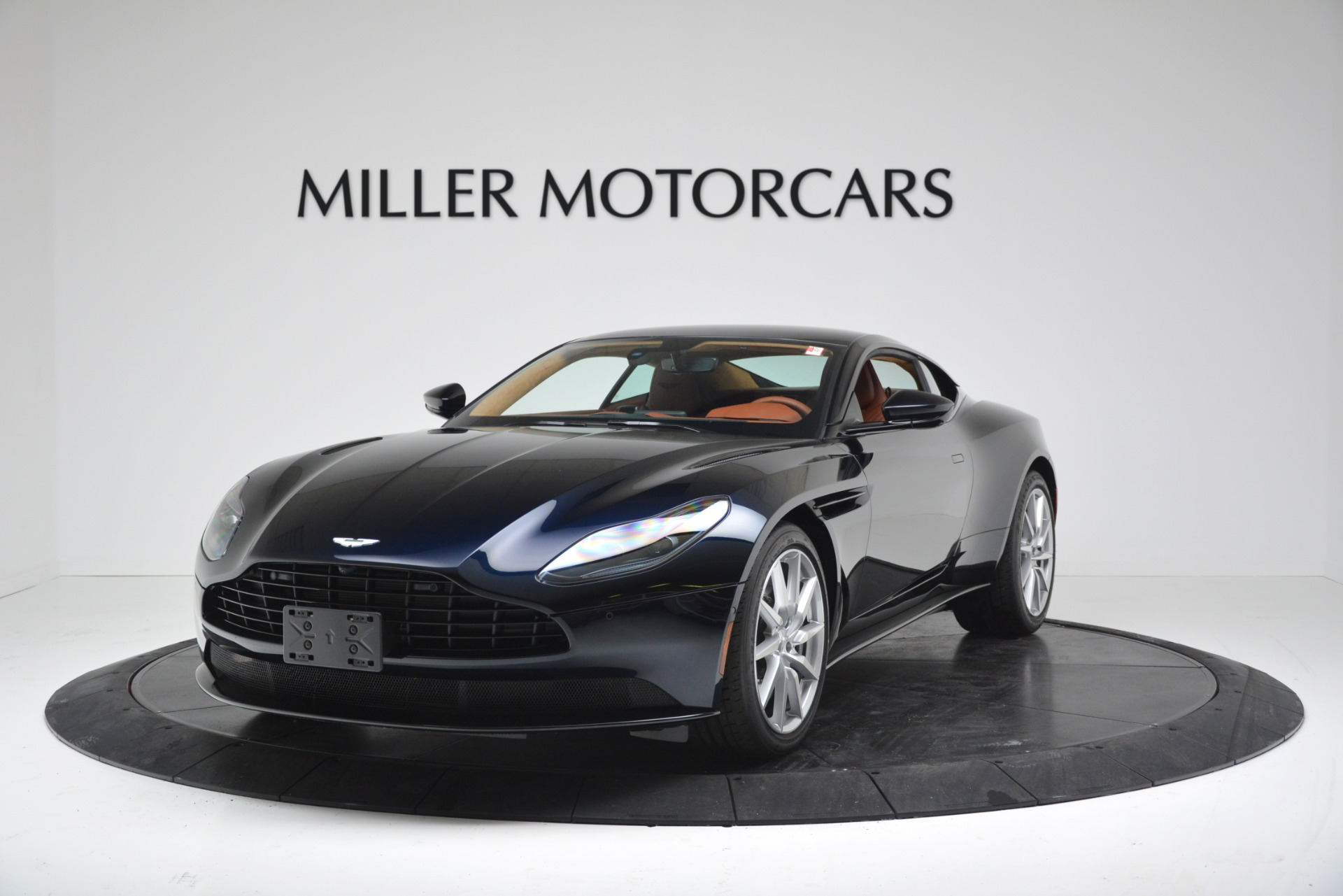 New 2019 Aston Martin DB11 V8 Coupe For Sale In Greenwich, CT 3145_p2