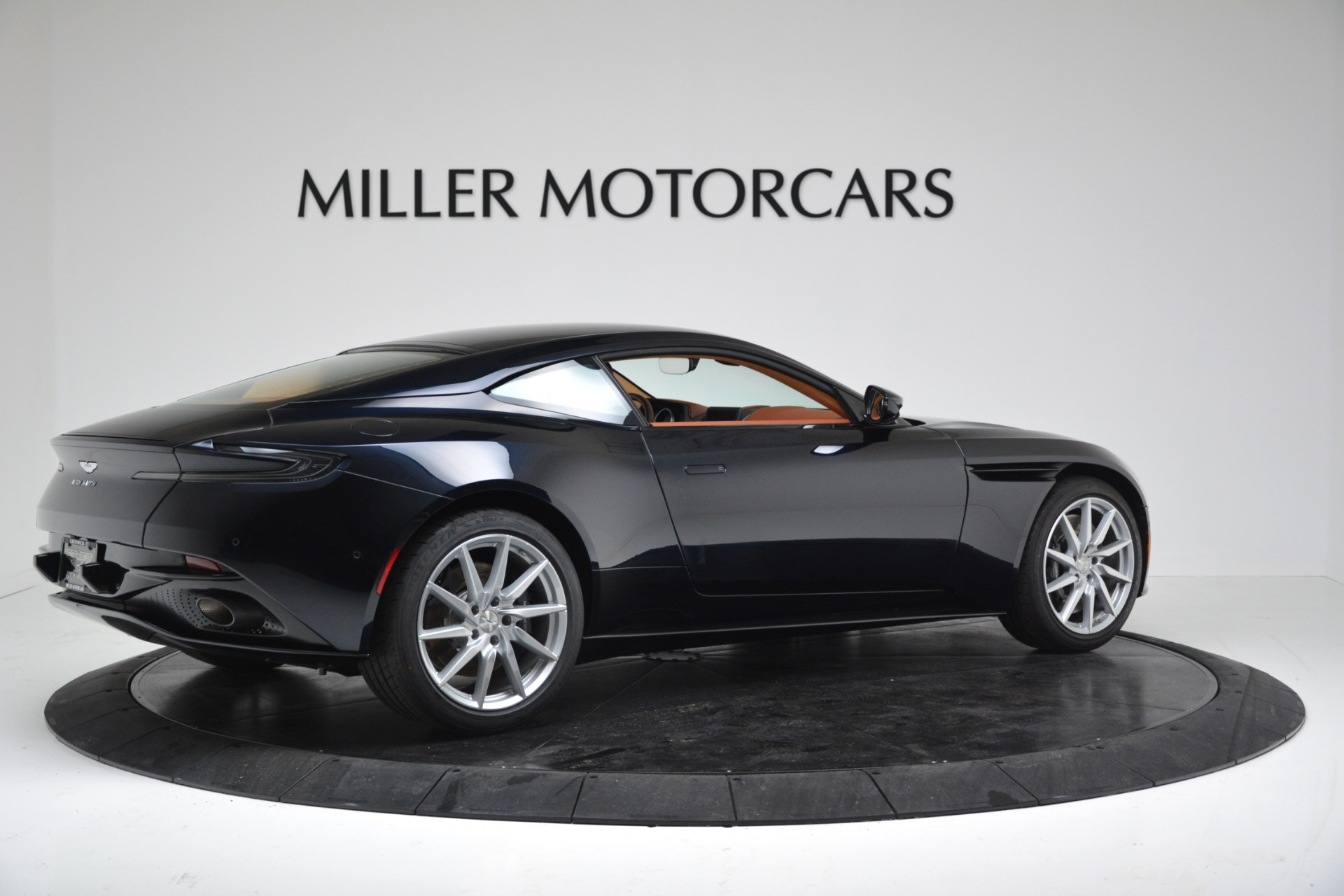 New 2019 Aston Martin DB11 V8 Coupe For Sale In Greenwich, CT 3145_p8