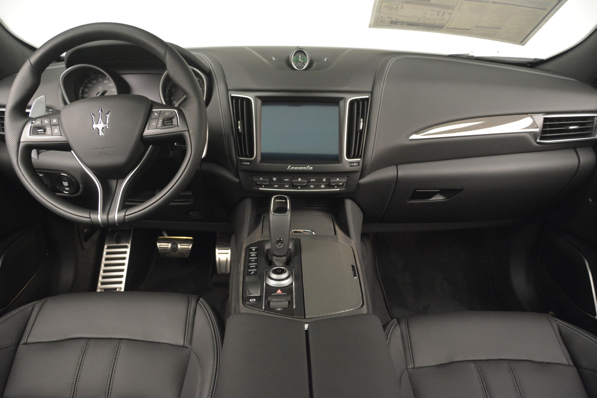 New 2019 Maserati Levante SQ4 GranSport Nerissimo For Sale In Greenwich, CT 3146_p16