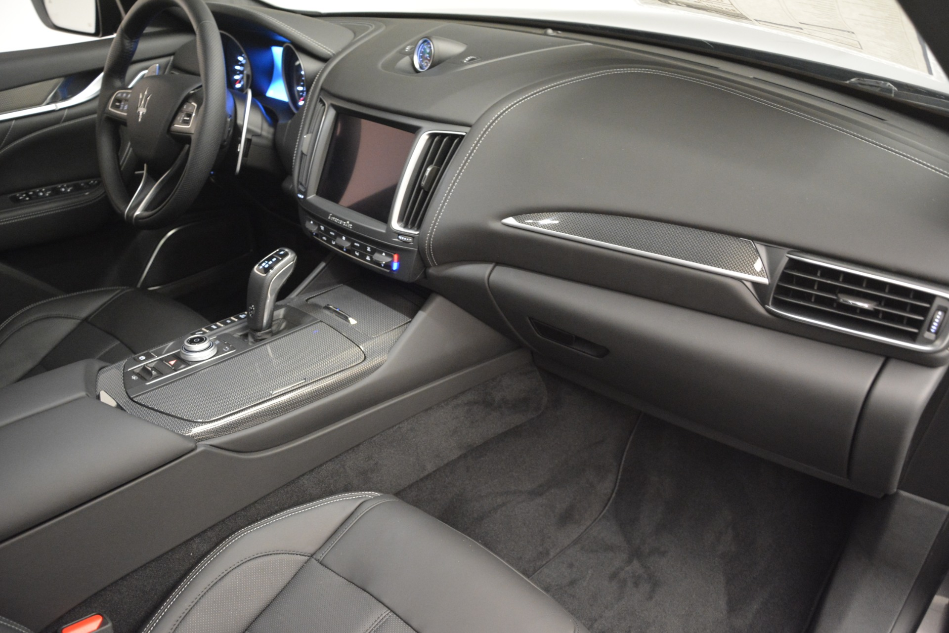 New 2019 Maserati Levante SQ4 GranSport Nerissimo For Sale In Greenwich, CT 3146_p22