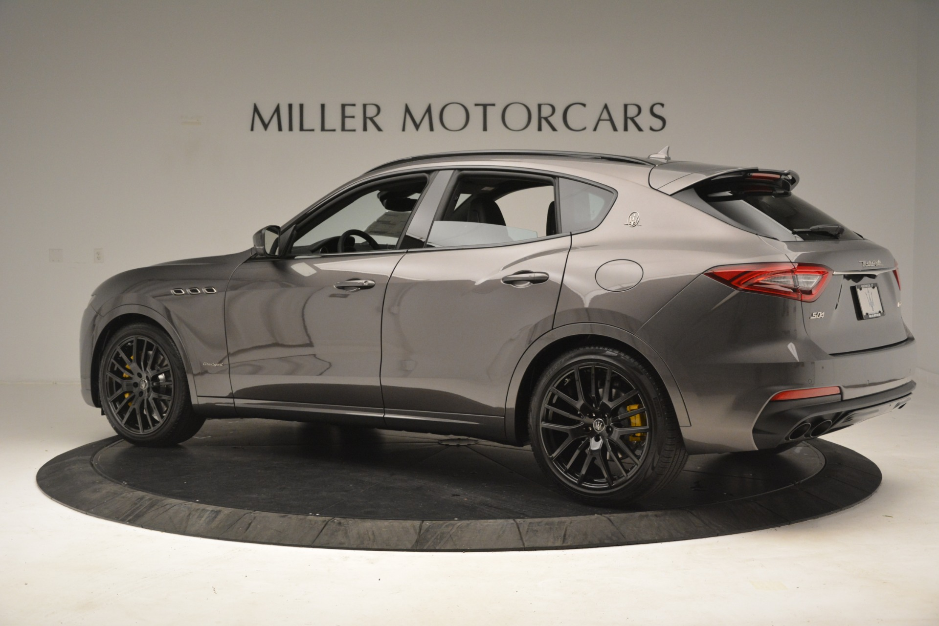 New 2019 Maserati Levante SQ4 GranSport Nerissimo For Sale In Greenwich, CT 3146_p4