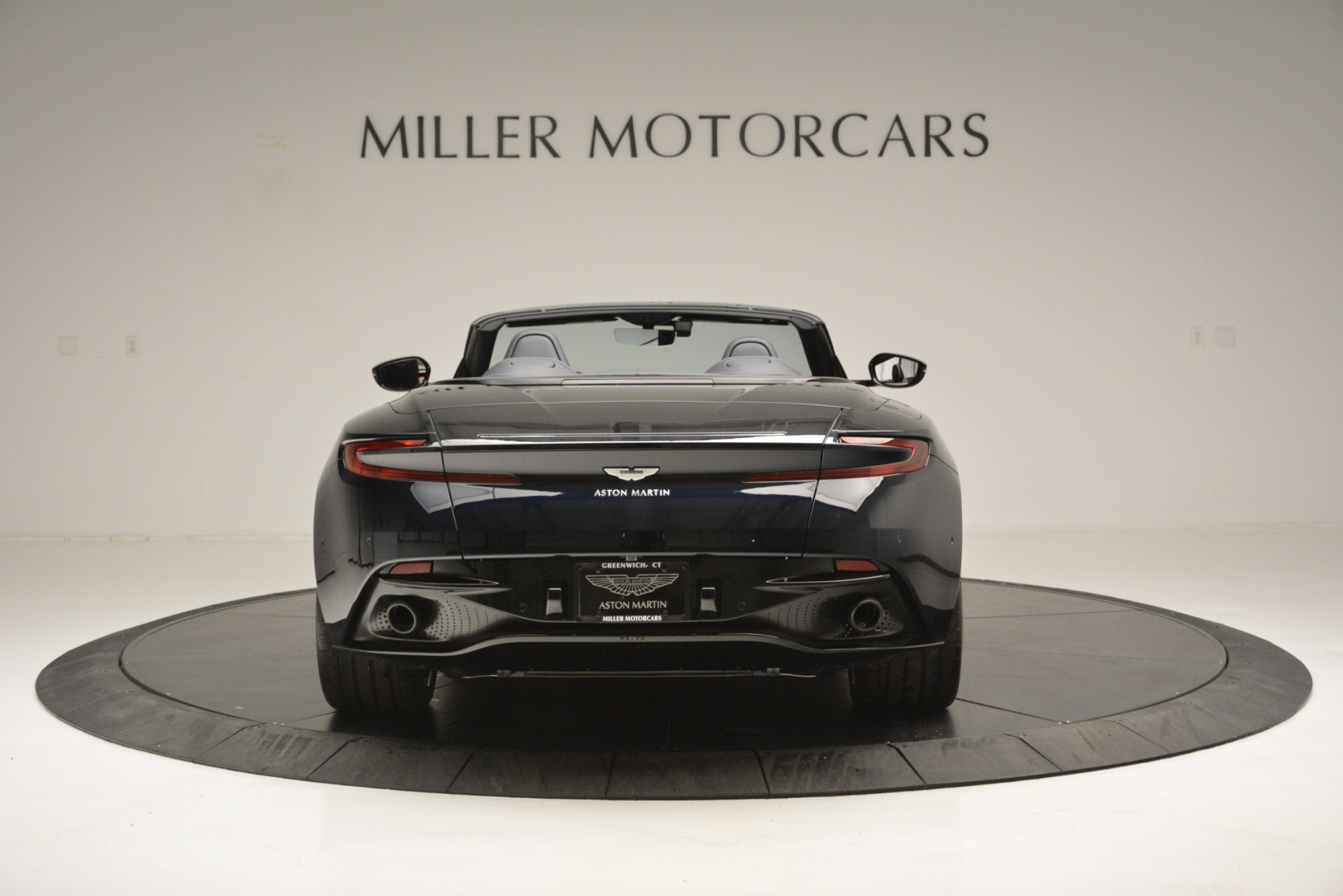 New 2019 Aston Martin DB11 V8 Convertible For Sale In Greenwich, CT 3153_p6