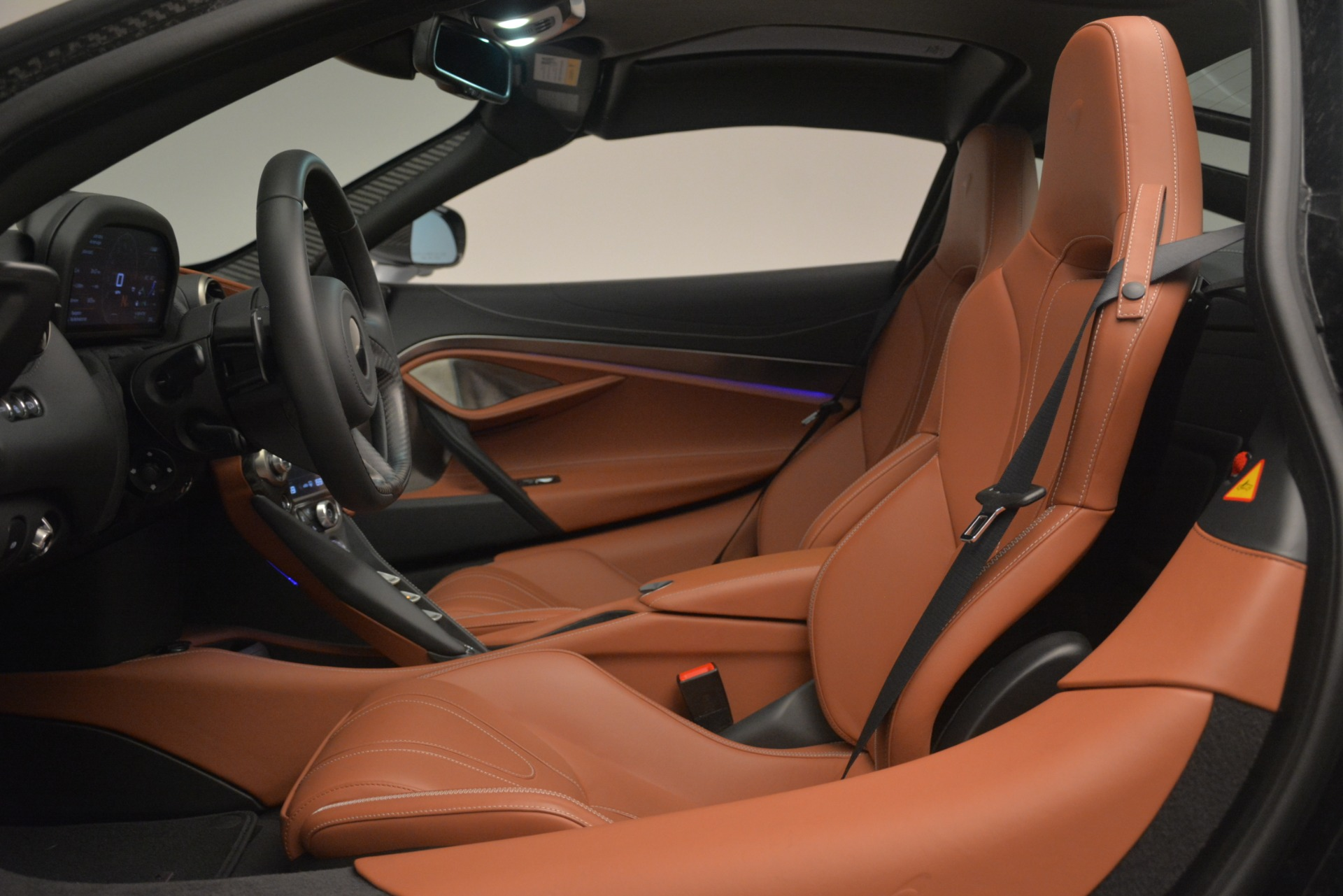 Used 2018 McLaren 720S Coupe For Sale In Greenwich, CT 3157_p16