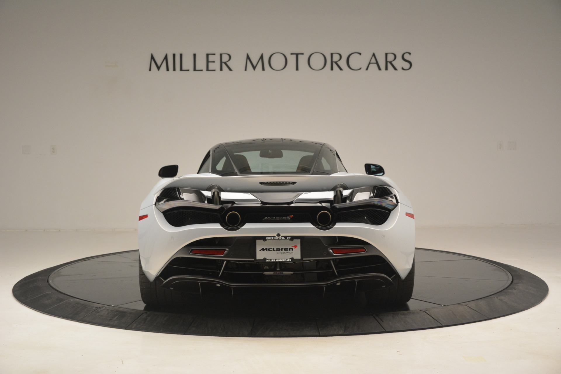 Used 2018 McLaren 720S Coupe For Sale In Greenwich, CT 3157_p6