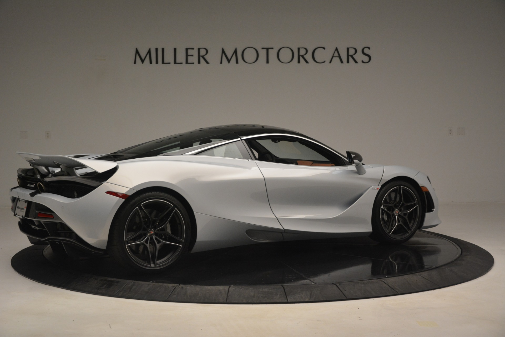 Used 2018 McLaren 720S Coupe For Sale In Greenwich, CT 3157_p8
