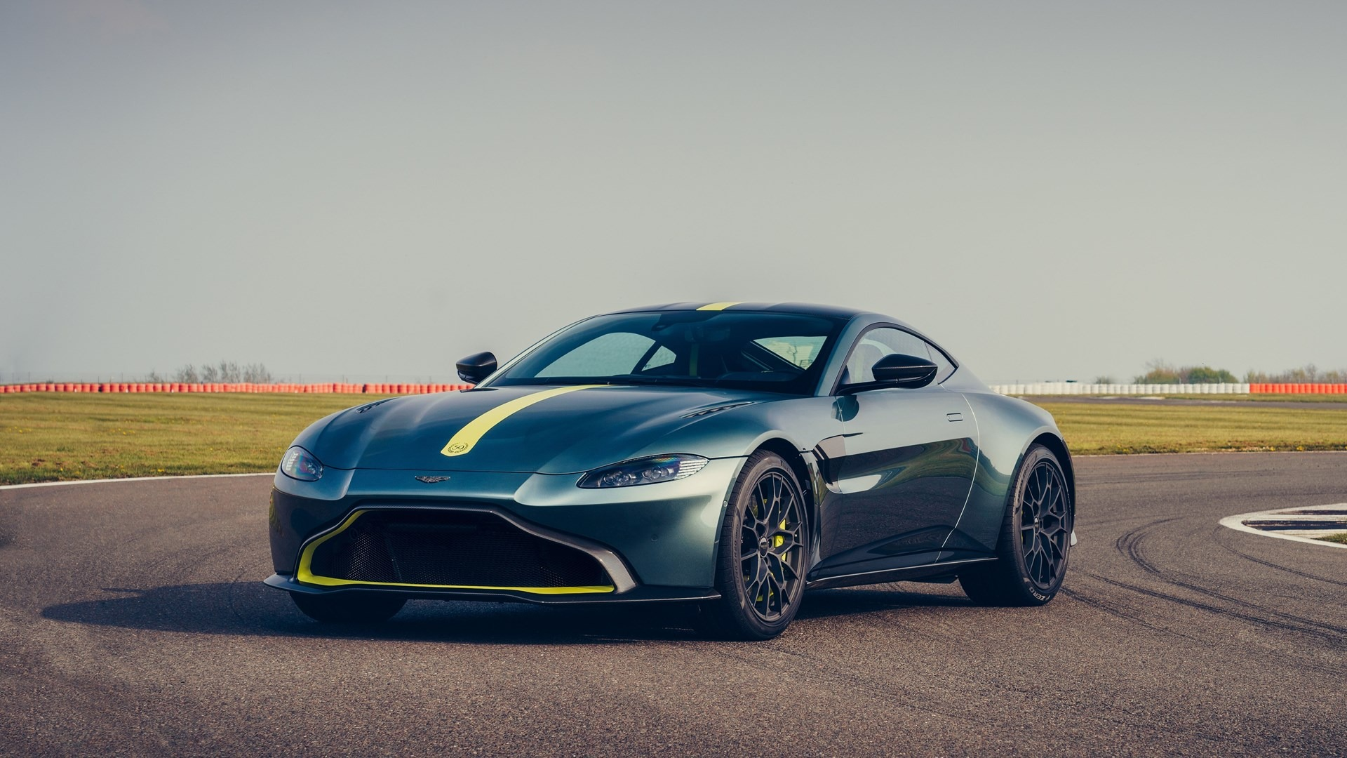 New 2020 Aston Martin Vantage AMR For Sale In Greenwich, CT 3158_p2