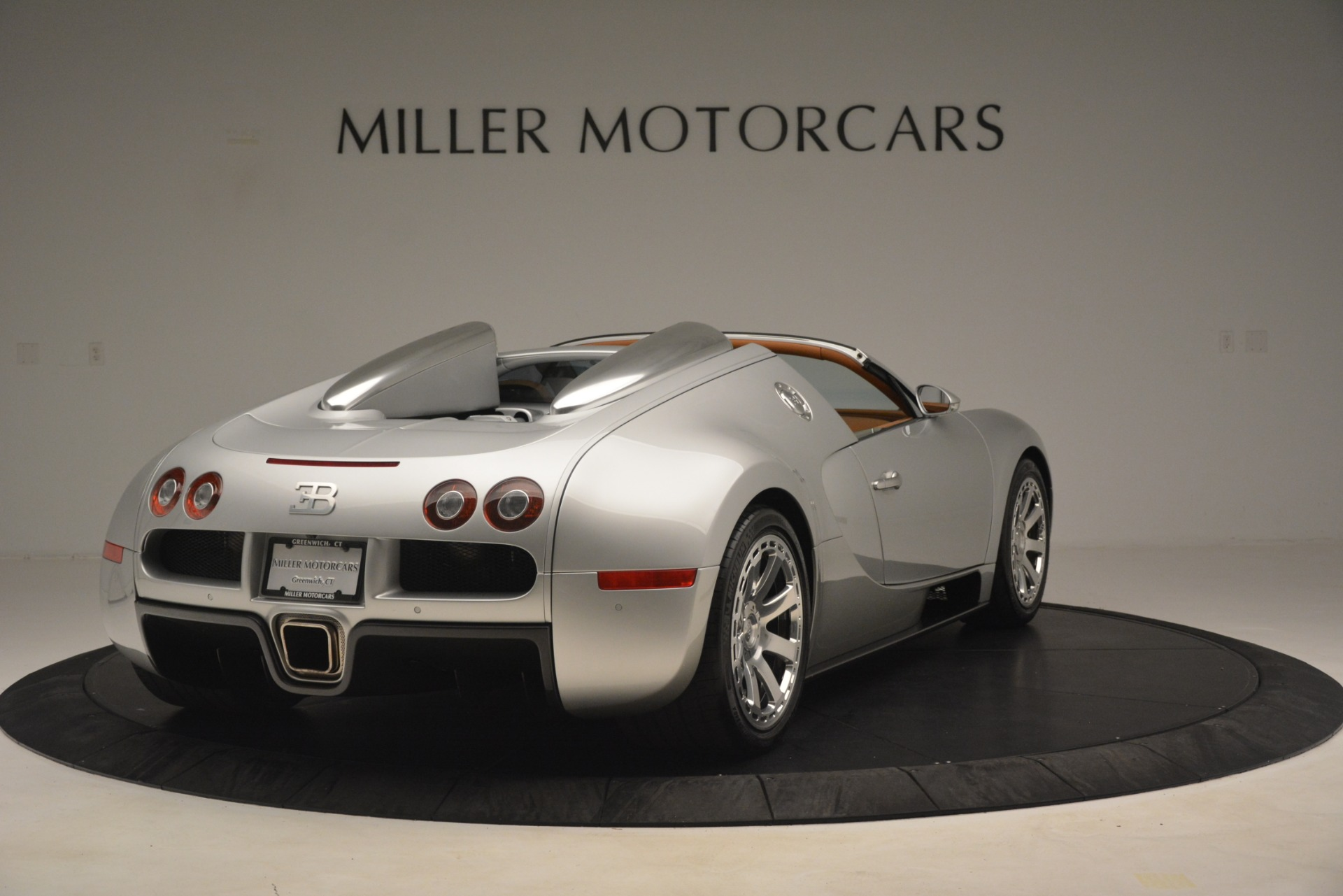 Used 2010 Bugatti Veyron 16.4 Grand Sport For Sale In Greenwich, CT 3159_p8