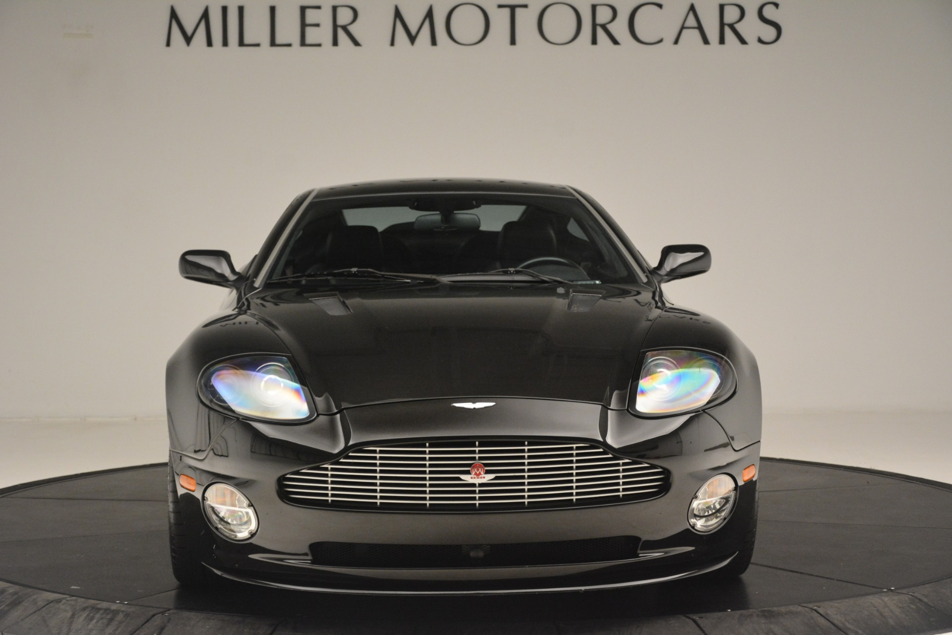 Used 2004 Aston Martin V12 Vanquish  For Sale In Greenwich, CT 3160_p5