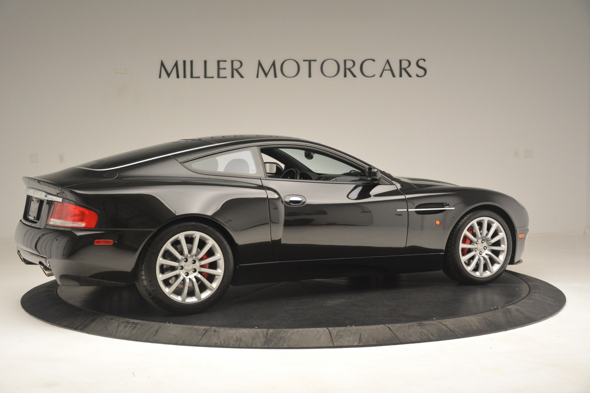 Used 2004 Aston Martin V12 Vanquish  For Sale In Greenwich, CT 3160_p8