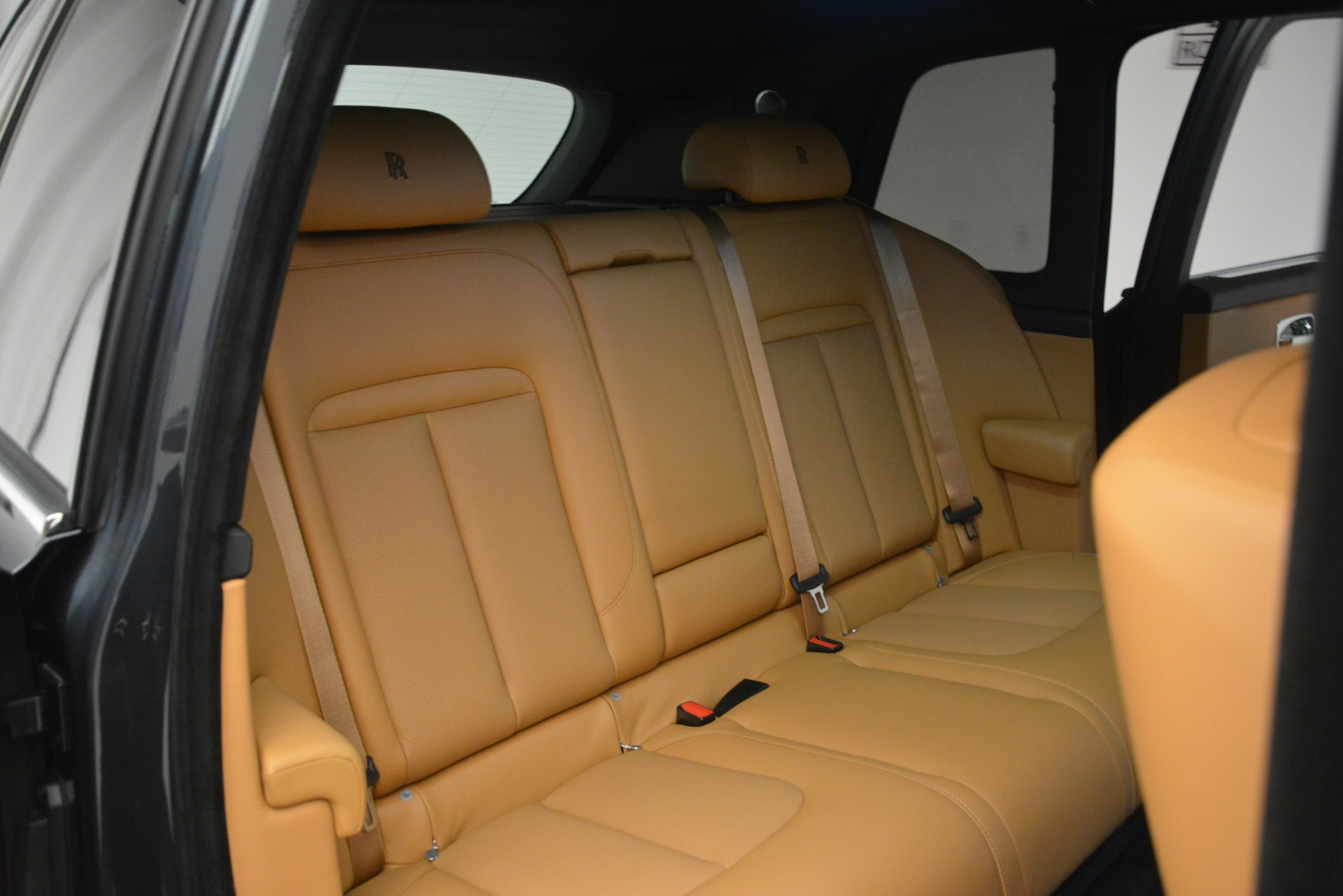 Used 2019 Rolls-Royce Cullinan  For Sale In Greenwich, CT 3162_p35