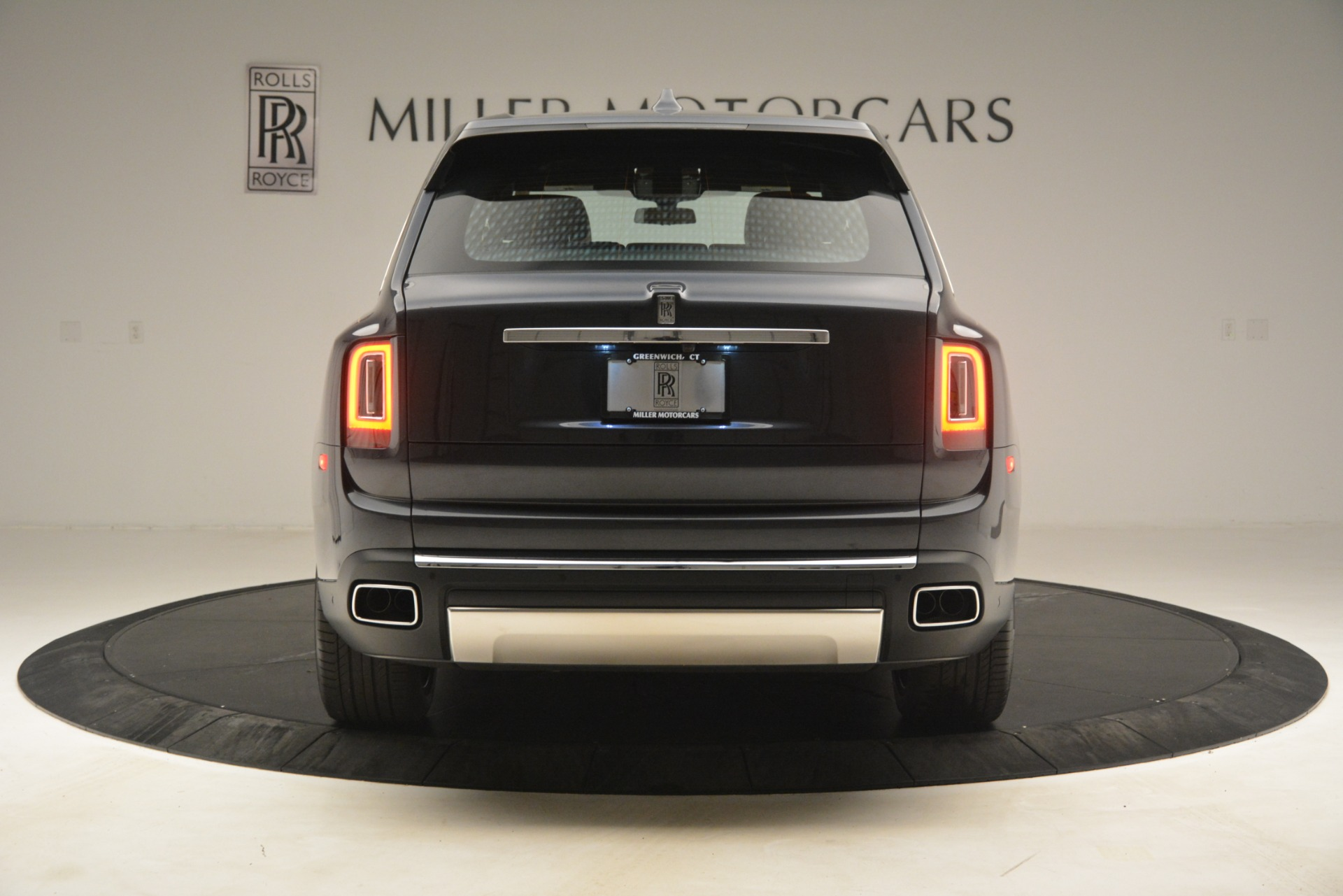 Used 2019 Rolls-Royce Cullinan  For Sale In Greenwich, CT 3162_p8