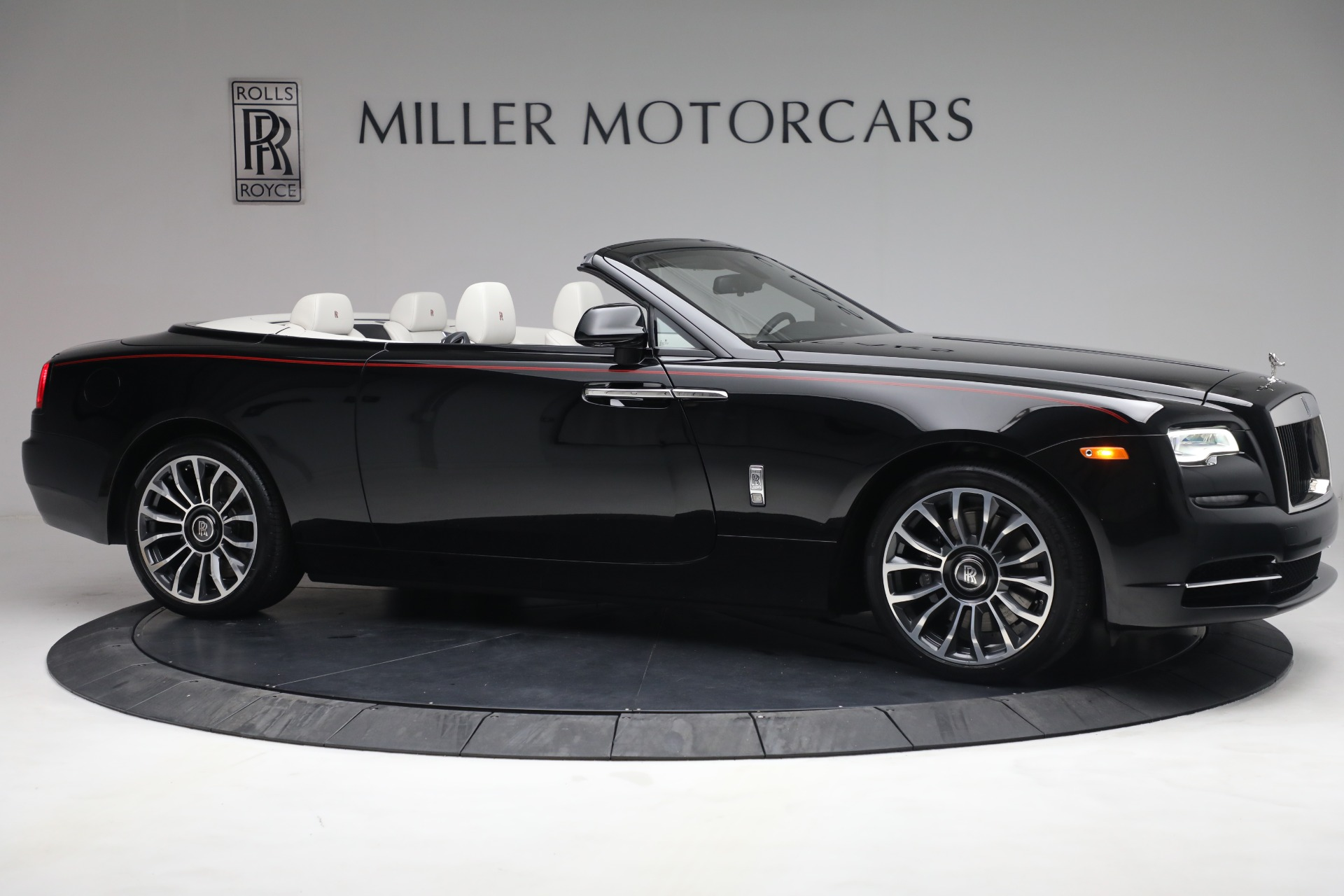 New 2019 Rolls-Royce Dawn  For Sale In Greenwich, CT 3164_p12