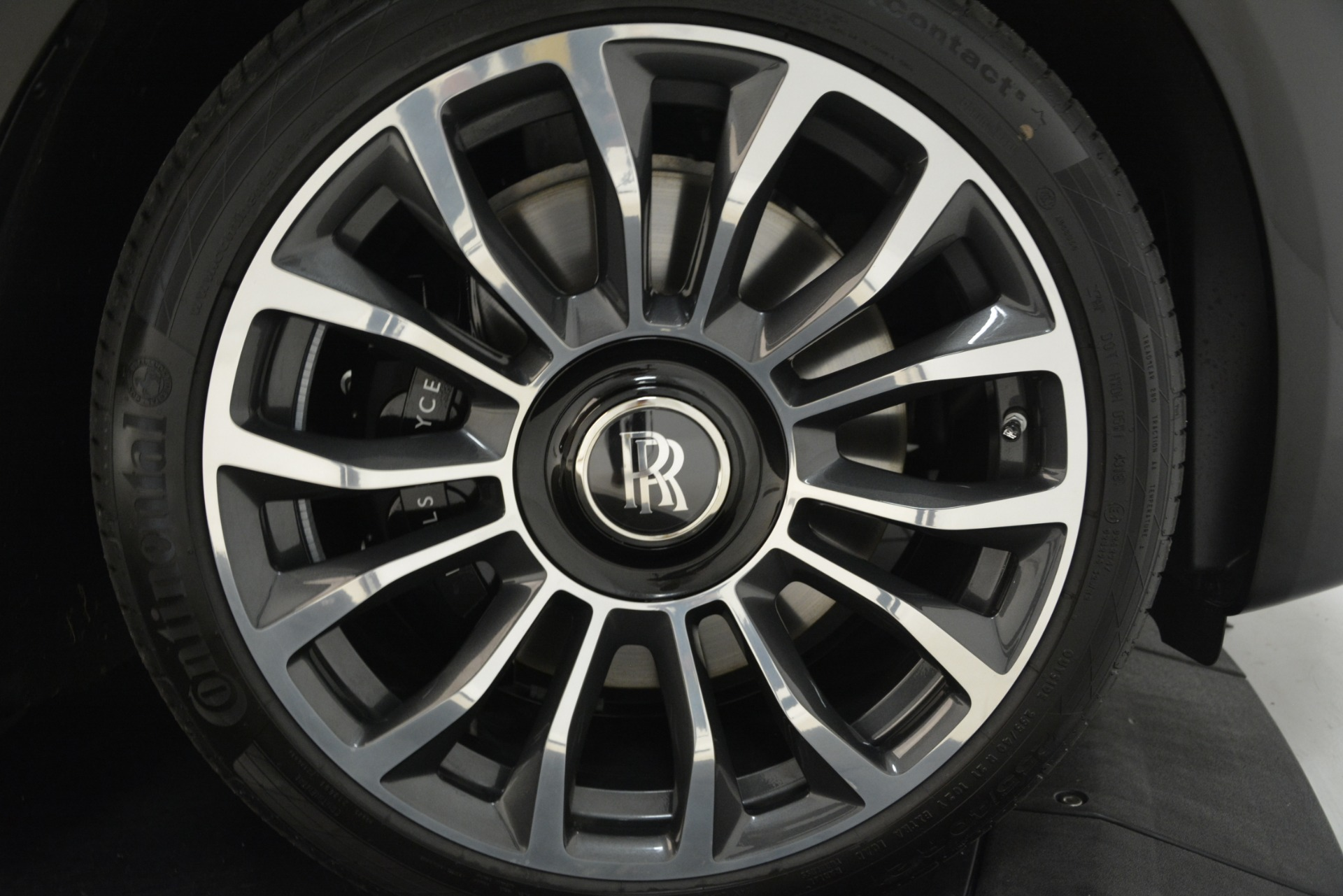 New 2019 Rolls-Royce Dawn  For Sale In Greenwich, CT 3164_p14