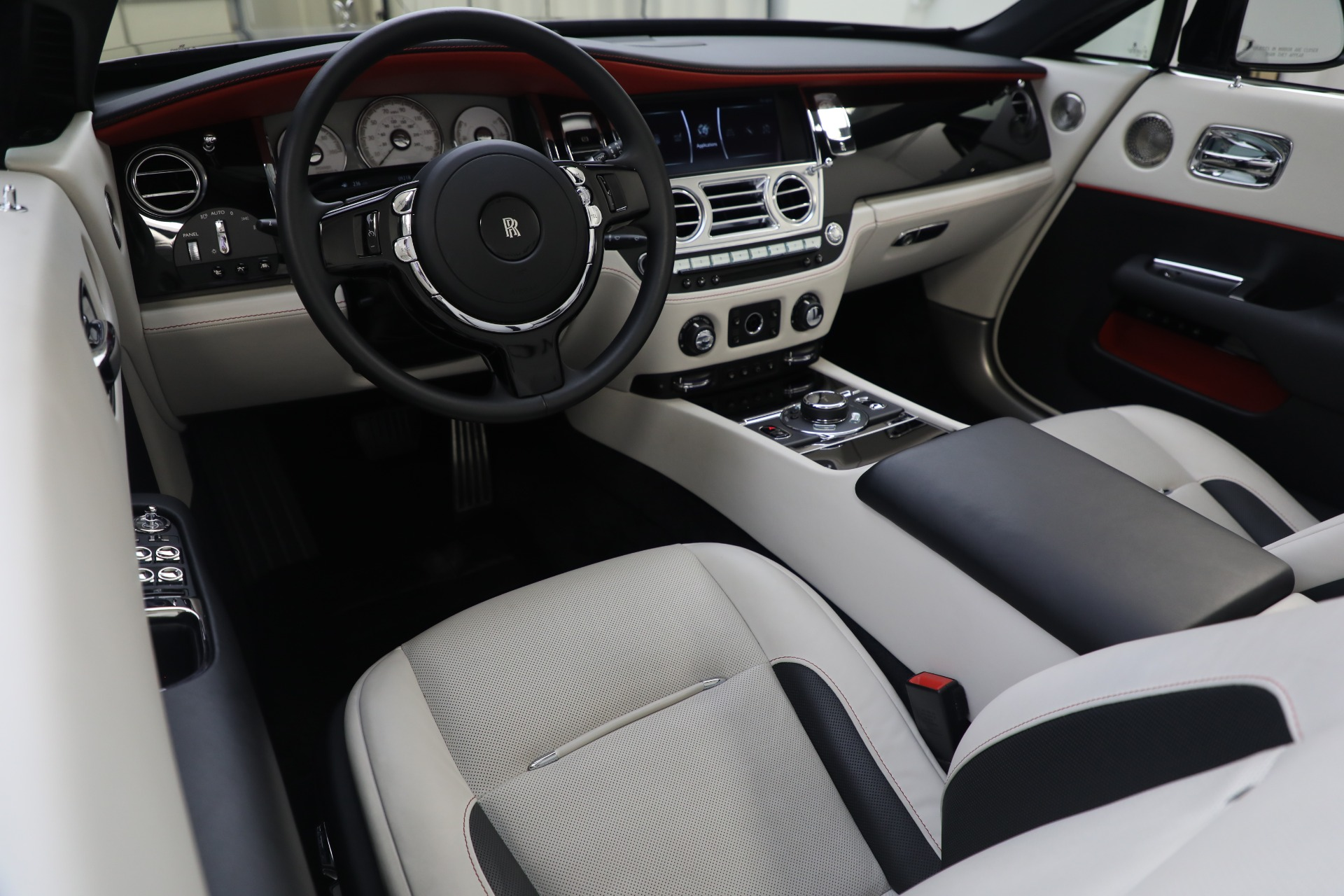 New 2019 Rolls-Royce Dawn  For Sale In Greenwich, CT 3164_p17
