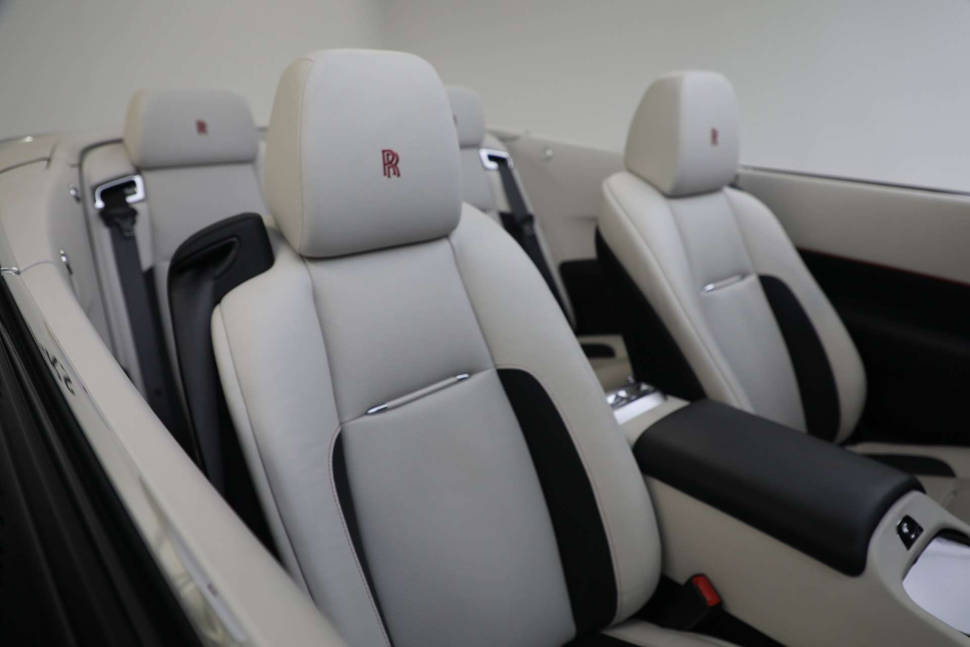 New 2019 Rolls-Royce Dawn  For Sale In Greenwich, CT 3164_p20