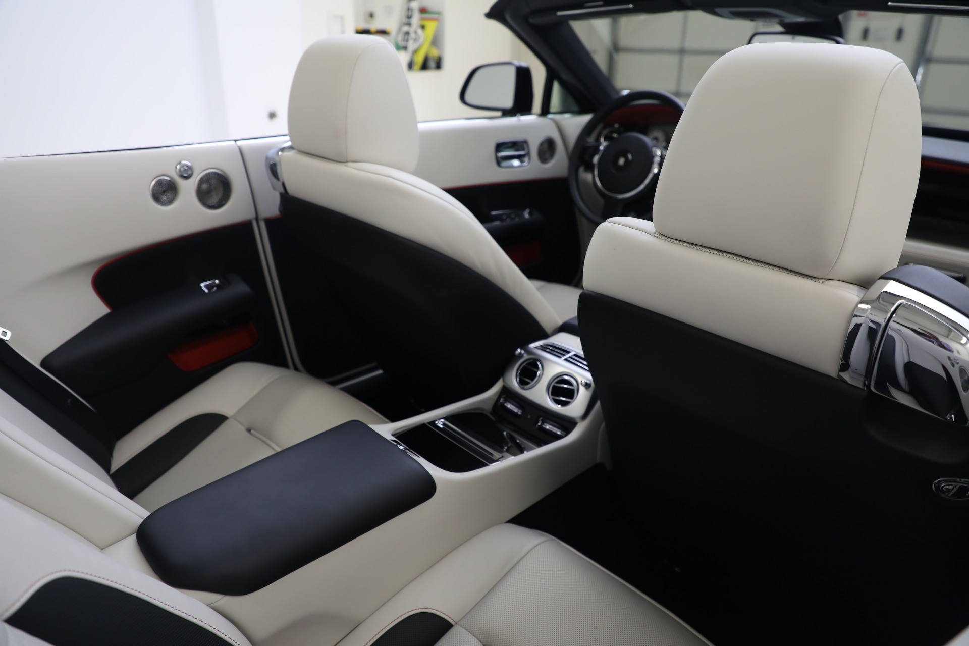New 2019 Rolls-Royce Dawn  For Sale In Greenwich, CT 3164_p24