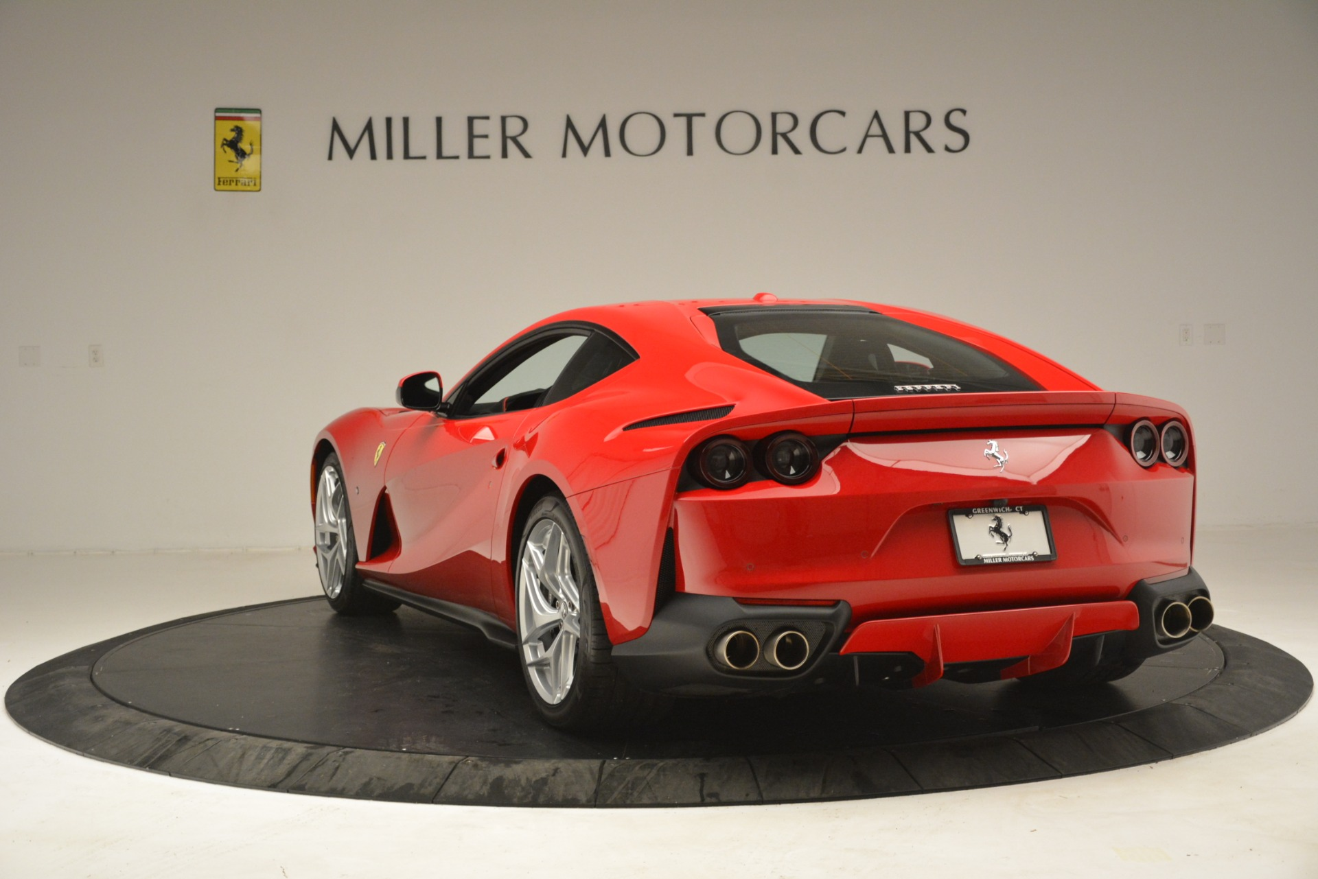 Used 2018 Ferrari 812 Superfast  For Sale In Greenwich, CT 3167_p5