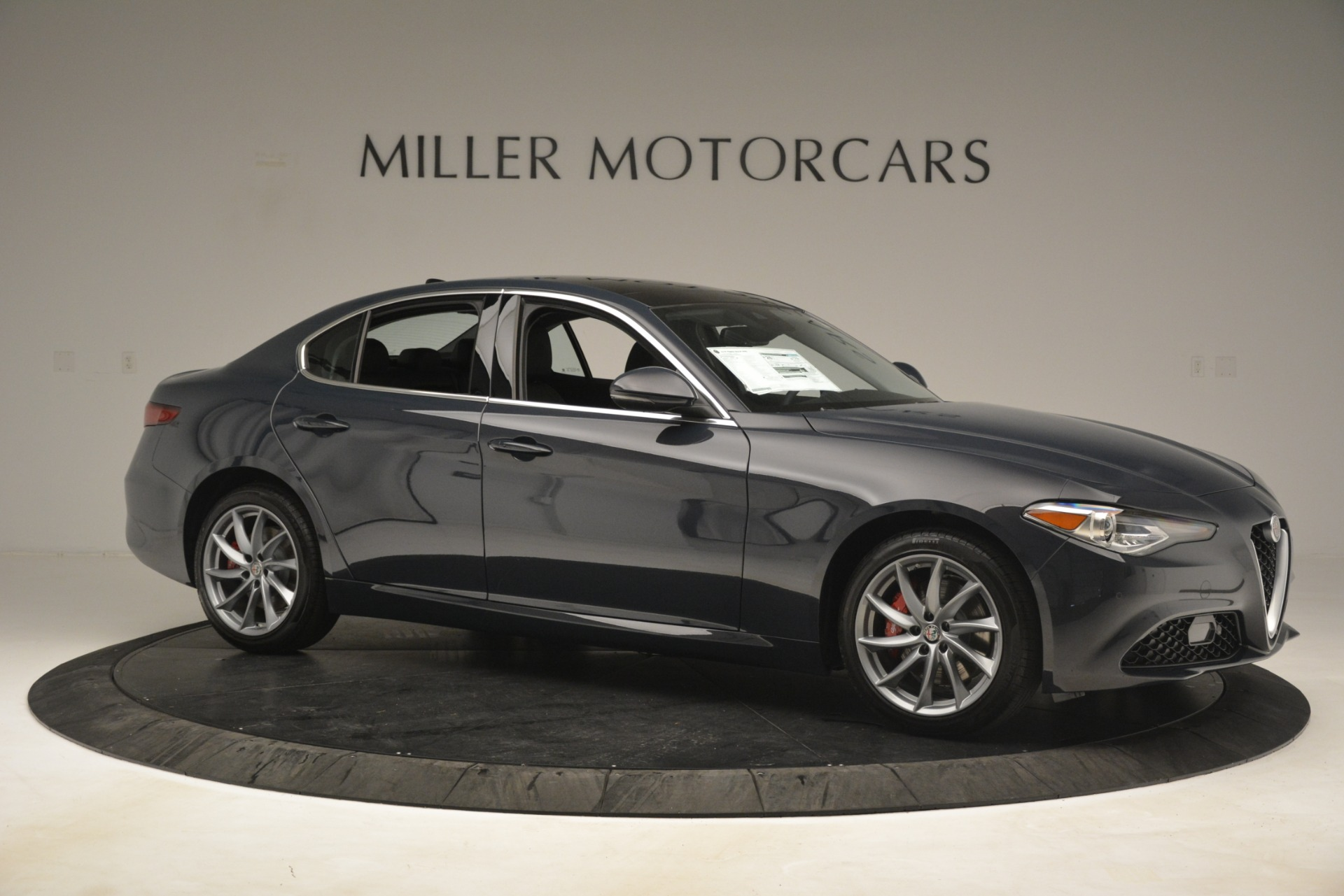 New 2019 Alfa Romeo Giulia Q4 For Sale In Greenwich, CT 3174_p10