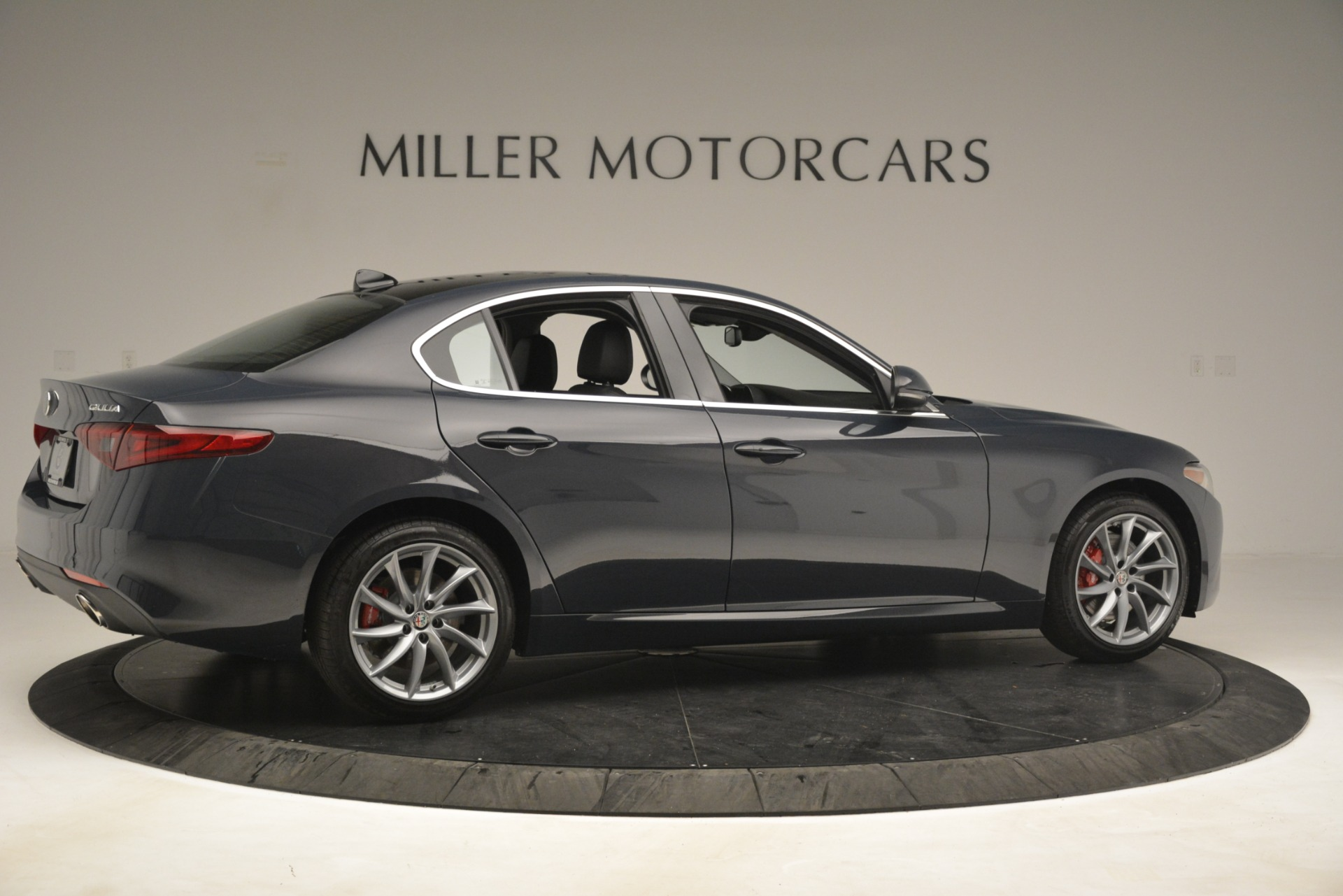 New 2019 Alfa Romeo Giulia Q4 For Sale In Greenwich, CT 3174_p8