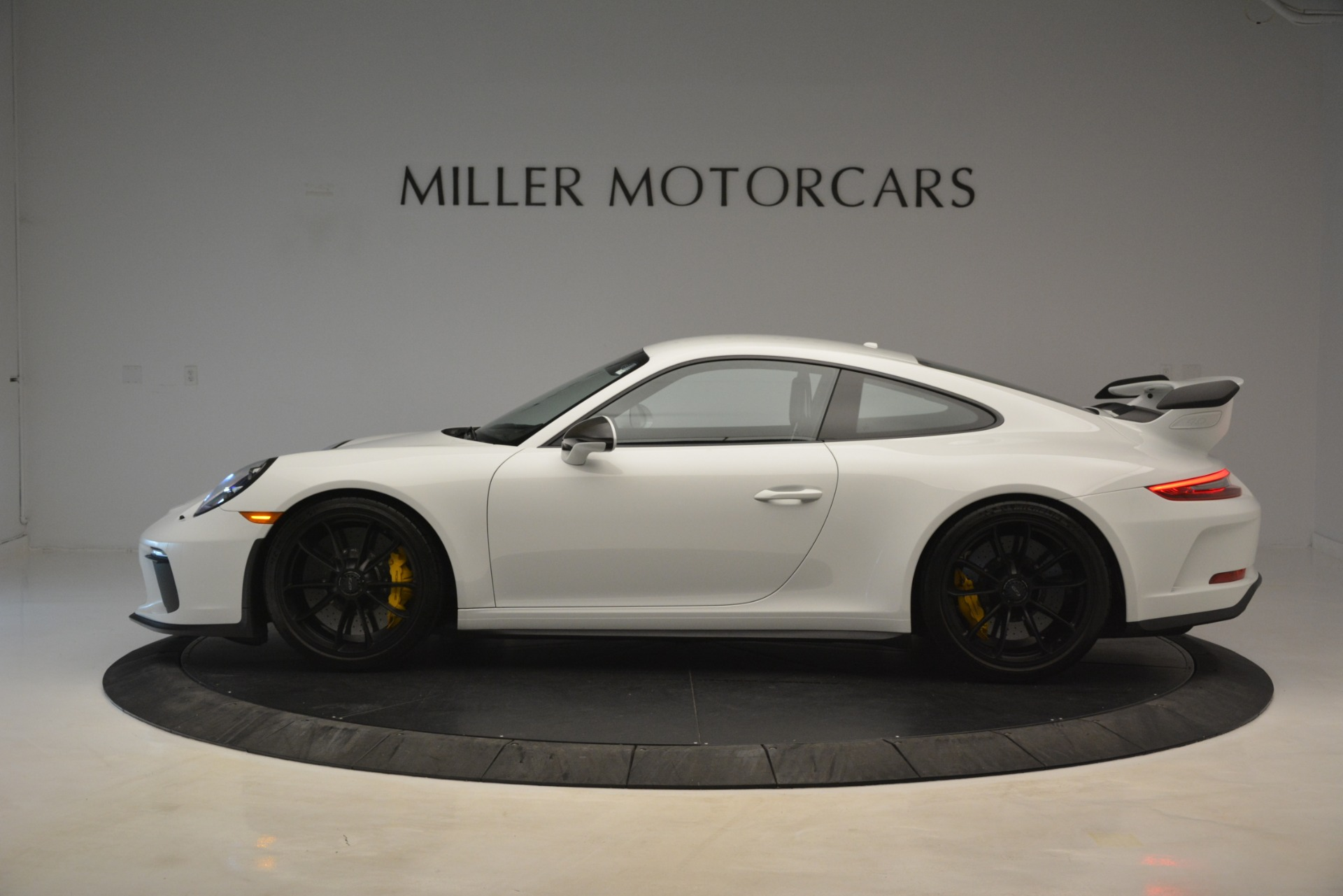 Used 2018 Porsche 911 GT3 For Sale In Greenwich, CT 3176_p2