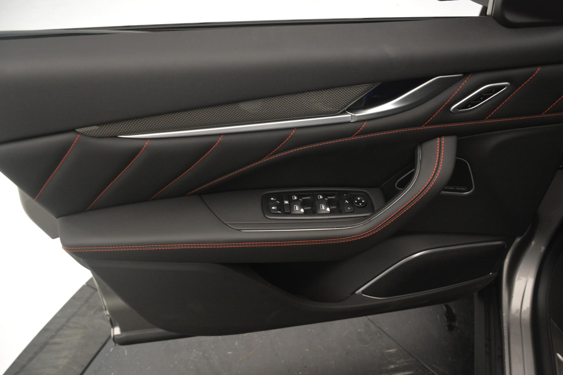 New 2019 Maserati Levante SQ4 GranSport Nerissimo For Sale In Greenwich, CT 3177_p17