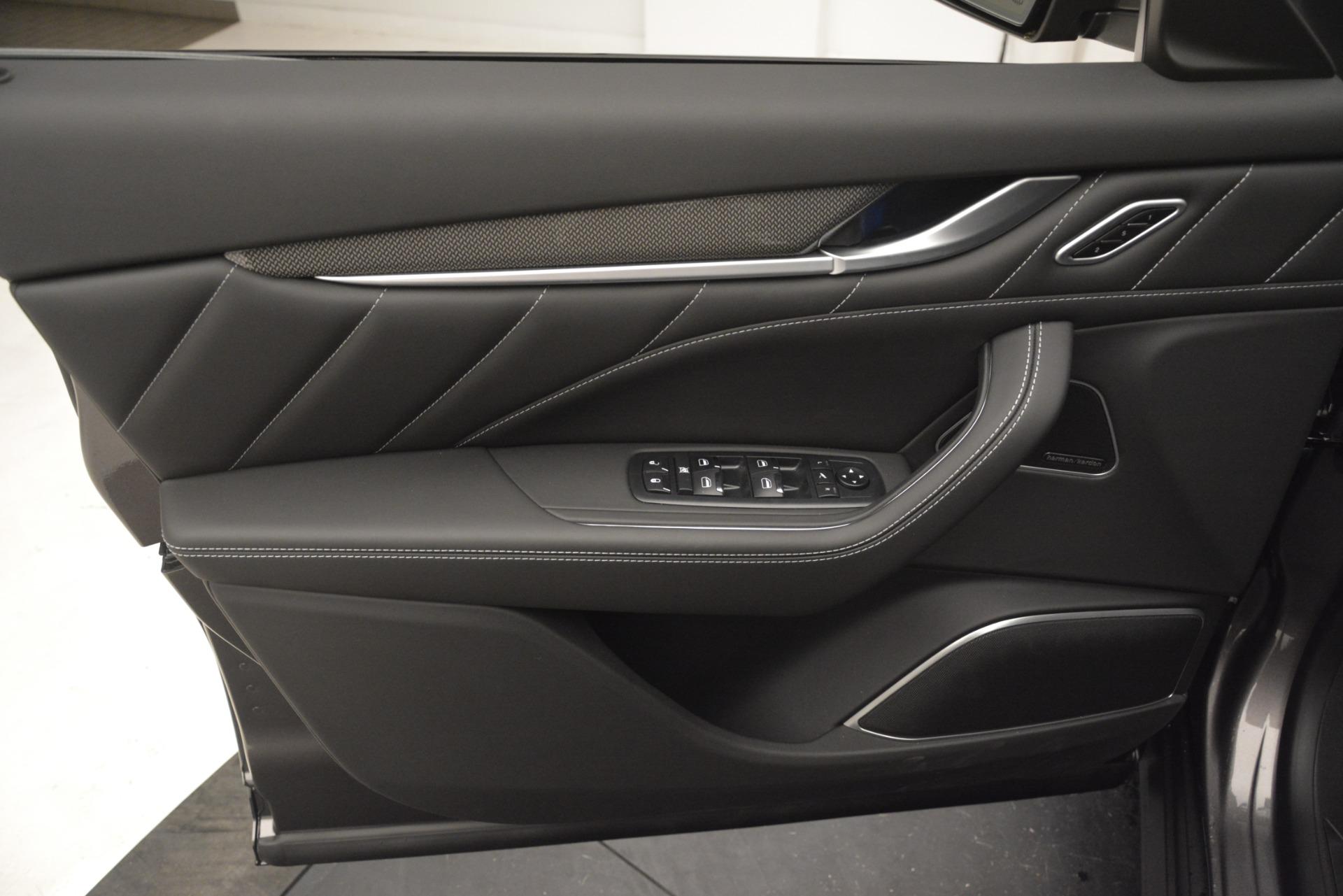 New 2019 Maserati Levante SQ4 GranSport Nerissimo For Sale In Greenwich, CT 3178_p17