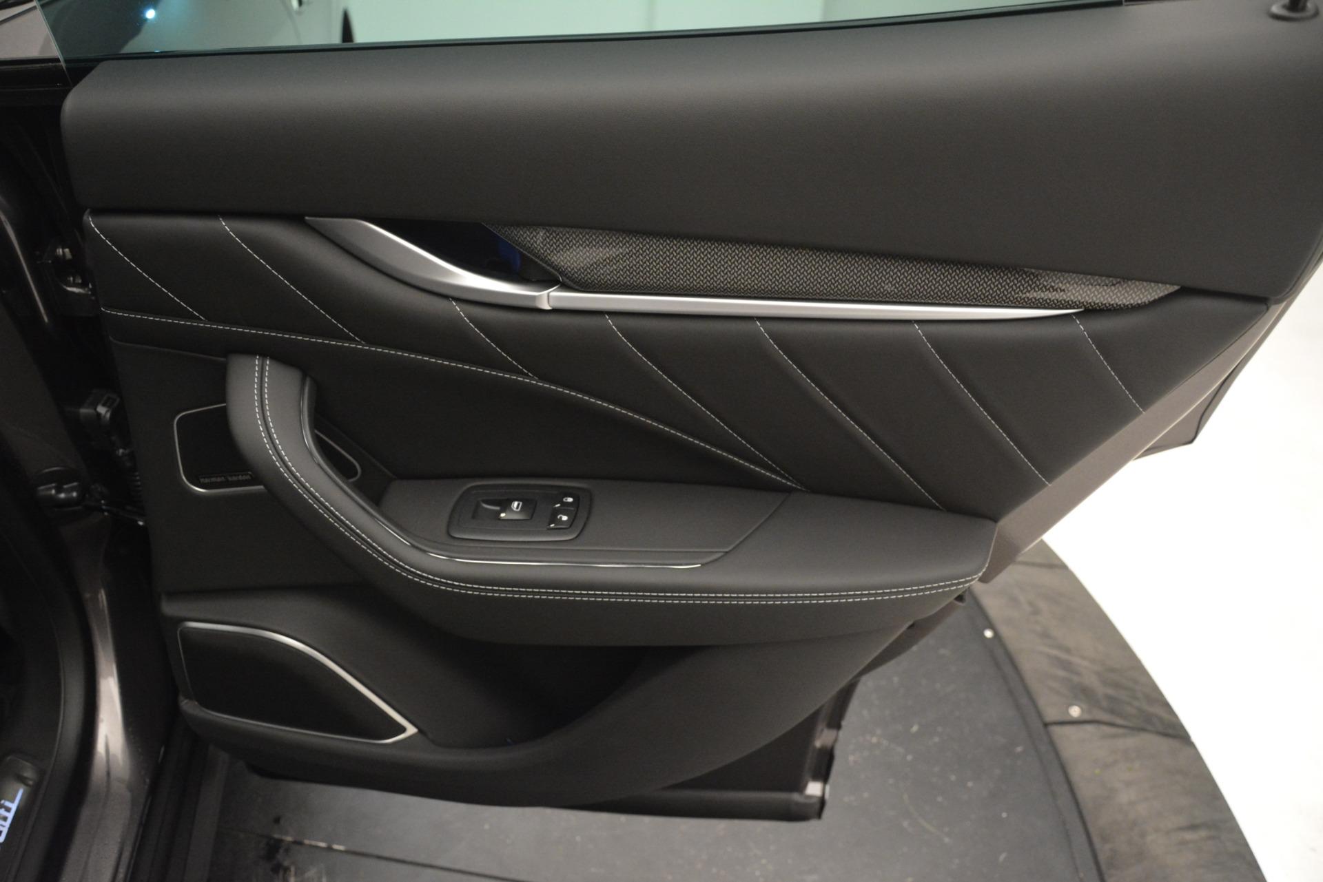 New 2019 Maserati Levante SQ4 GranSport Nerissimo For Sale In Greenwich, CT 3178_p28
