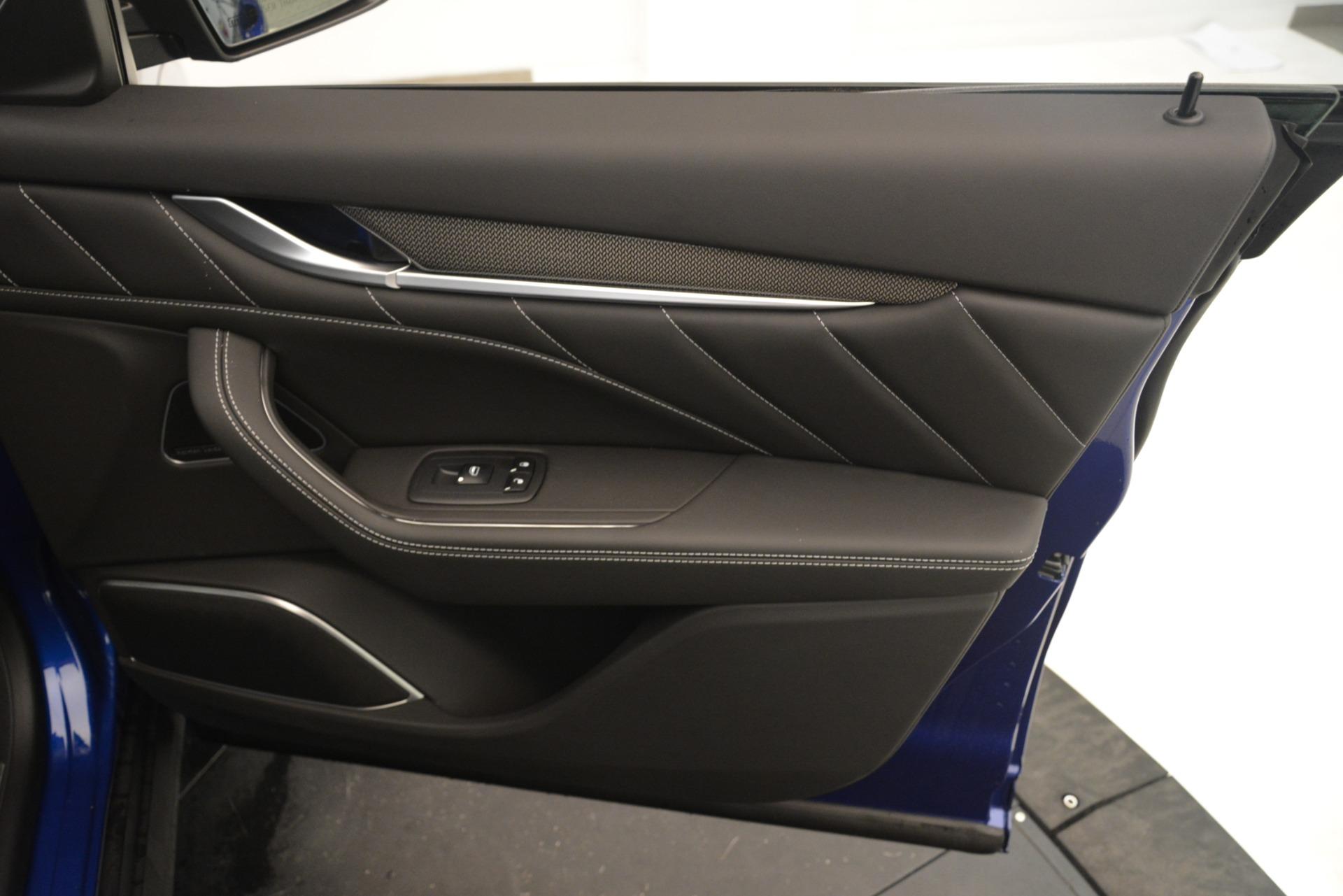 New 2019 Maserati Levante SQ4 GranSport Nerissimo For Sale In Greenwich, CT 3179_p25