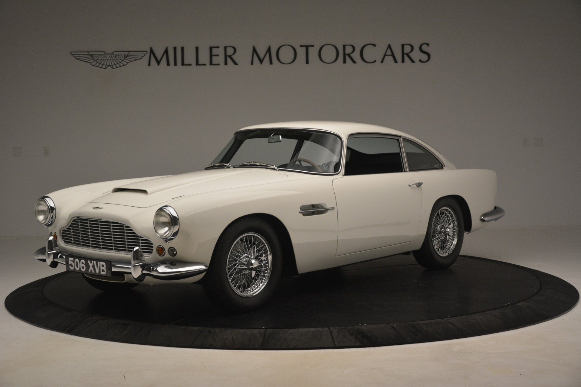 Used 1961 Aston Martin DB4 Series IV Coupe For Sale In Greenwich, CT