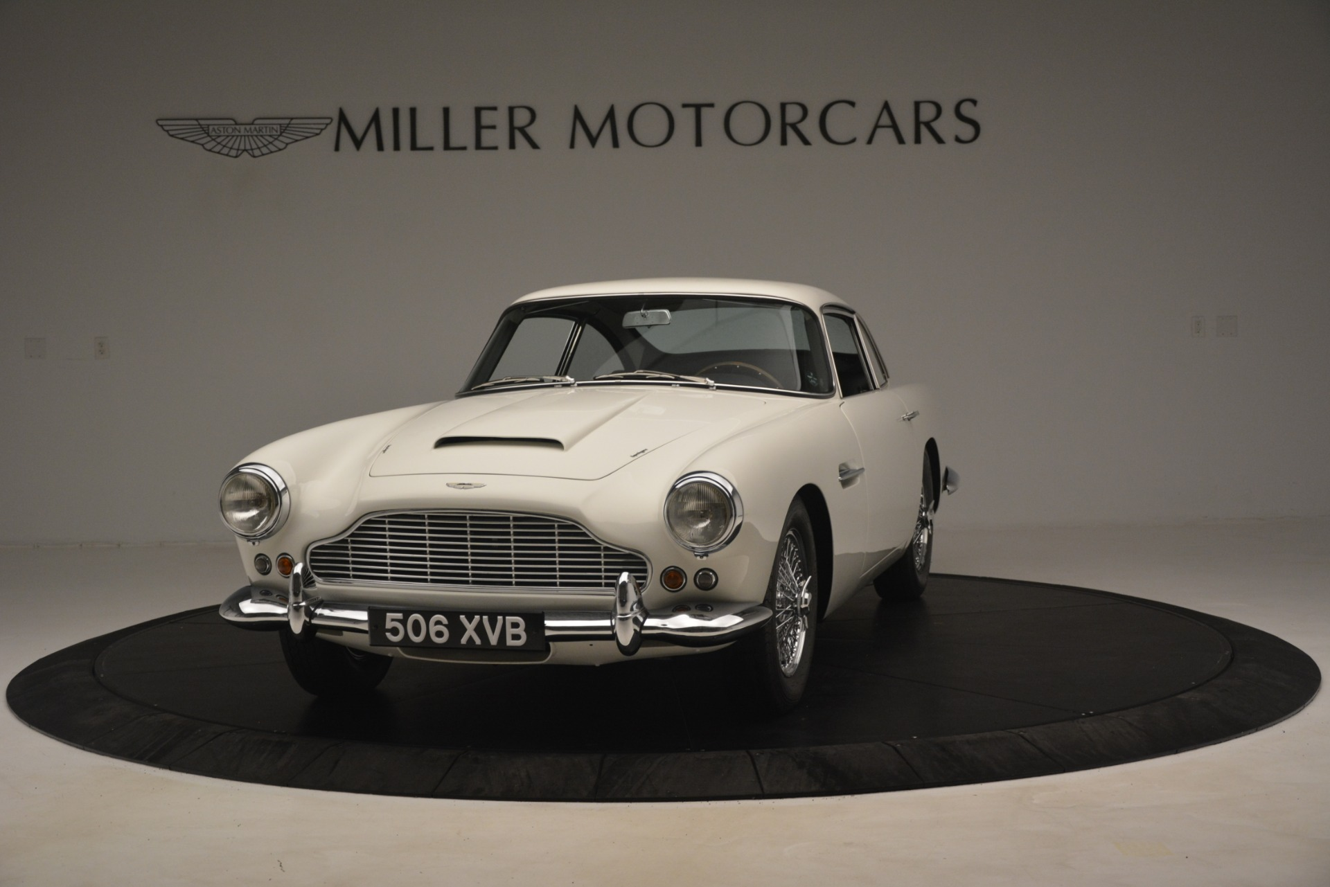 Used 1961 Aston Martin DB4 Series IV Coupe For Sale In Greenwich, CT 3186_p2