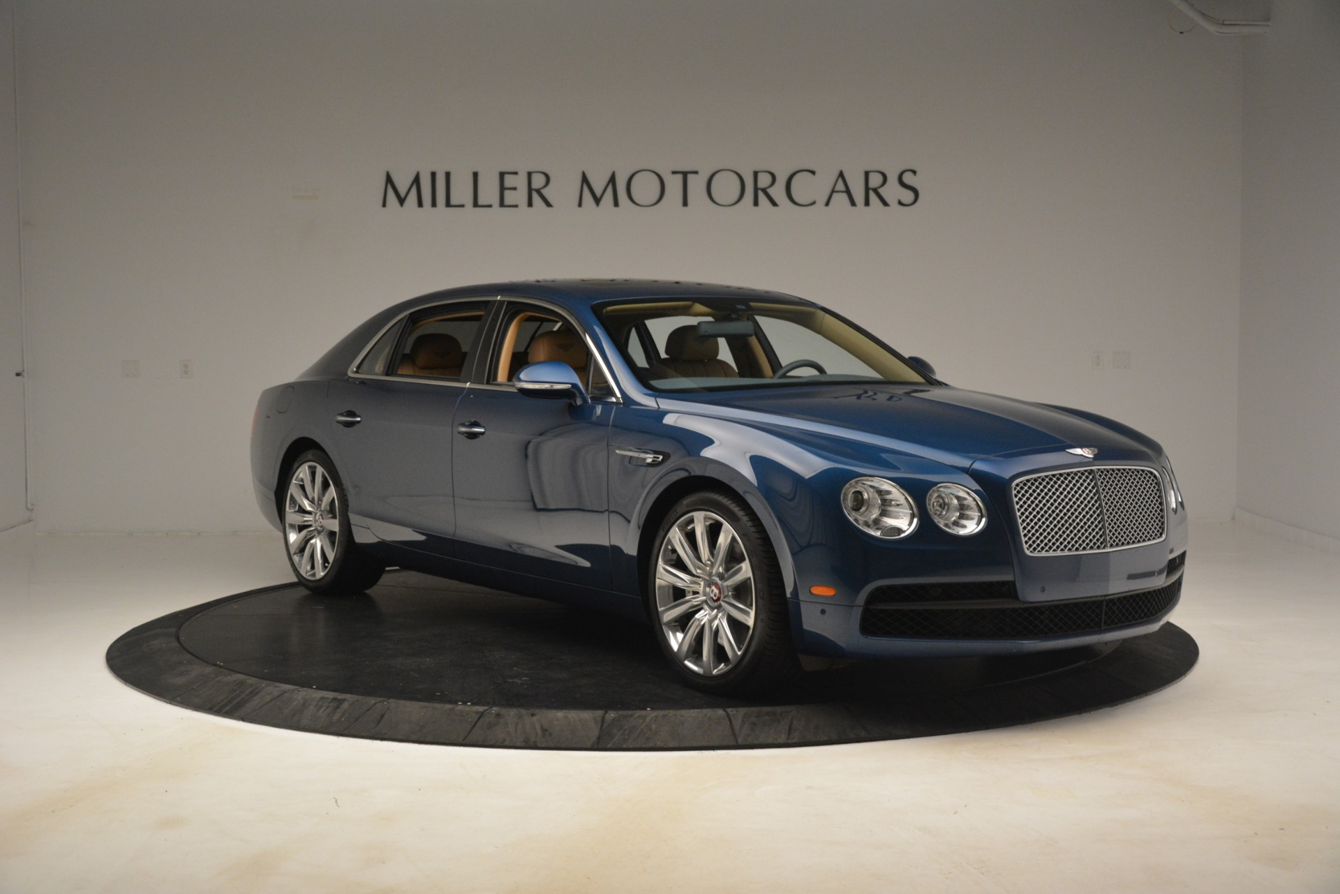 Used 2016 Bentley Flying Spur V8 For Sale In Greenwich, CT 3195_p11