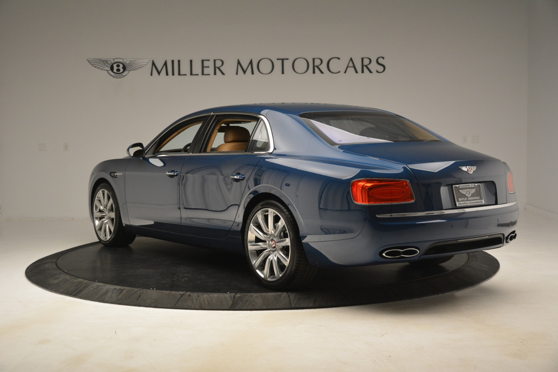Used 2016 Bentley Flying Spur V8 For Sale In Greenwich, CT 3195_p5