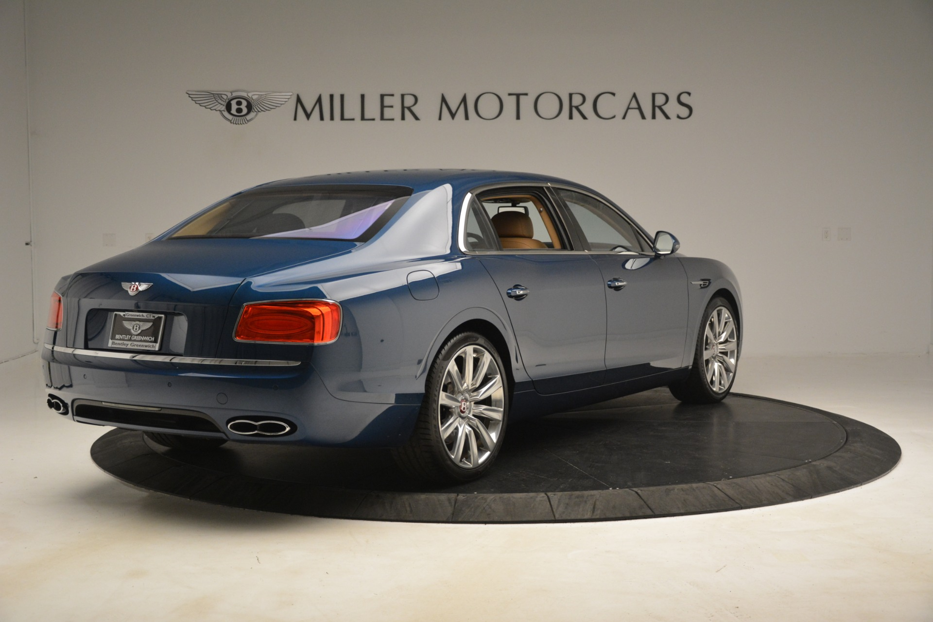Used 2016 Bentley Flying Spur V8 For Sale In Greenwich, CT 3195_p7