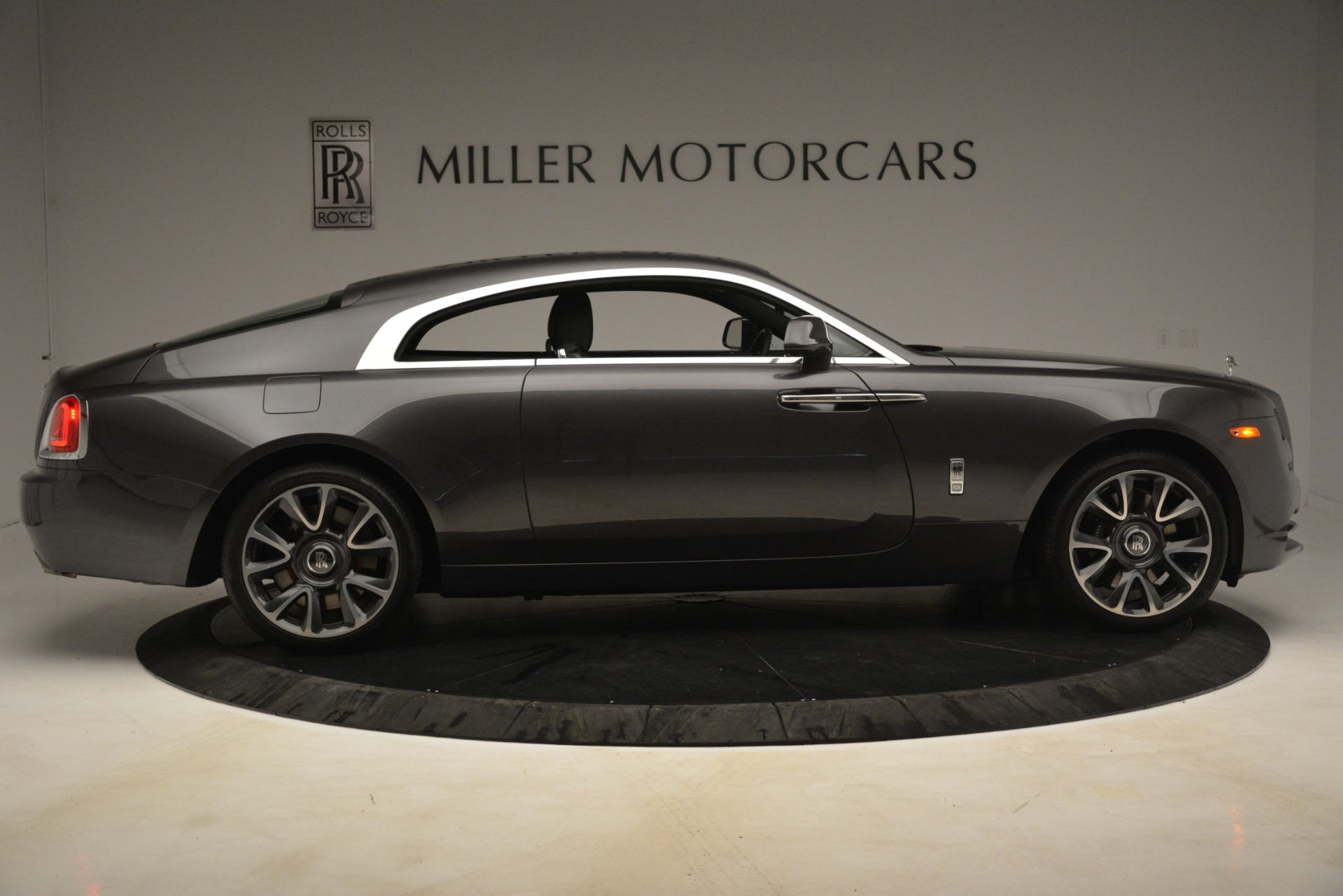 Used 2018 Rolls-Royce Wraith  For Sale In Greenwich, CT 3196_p10