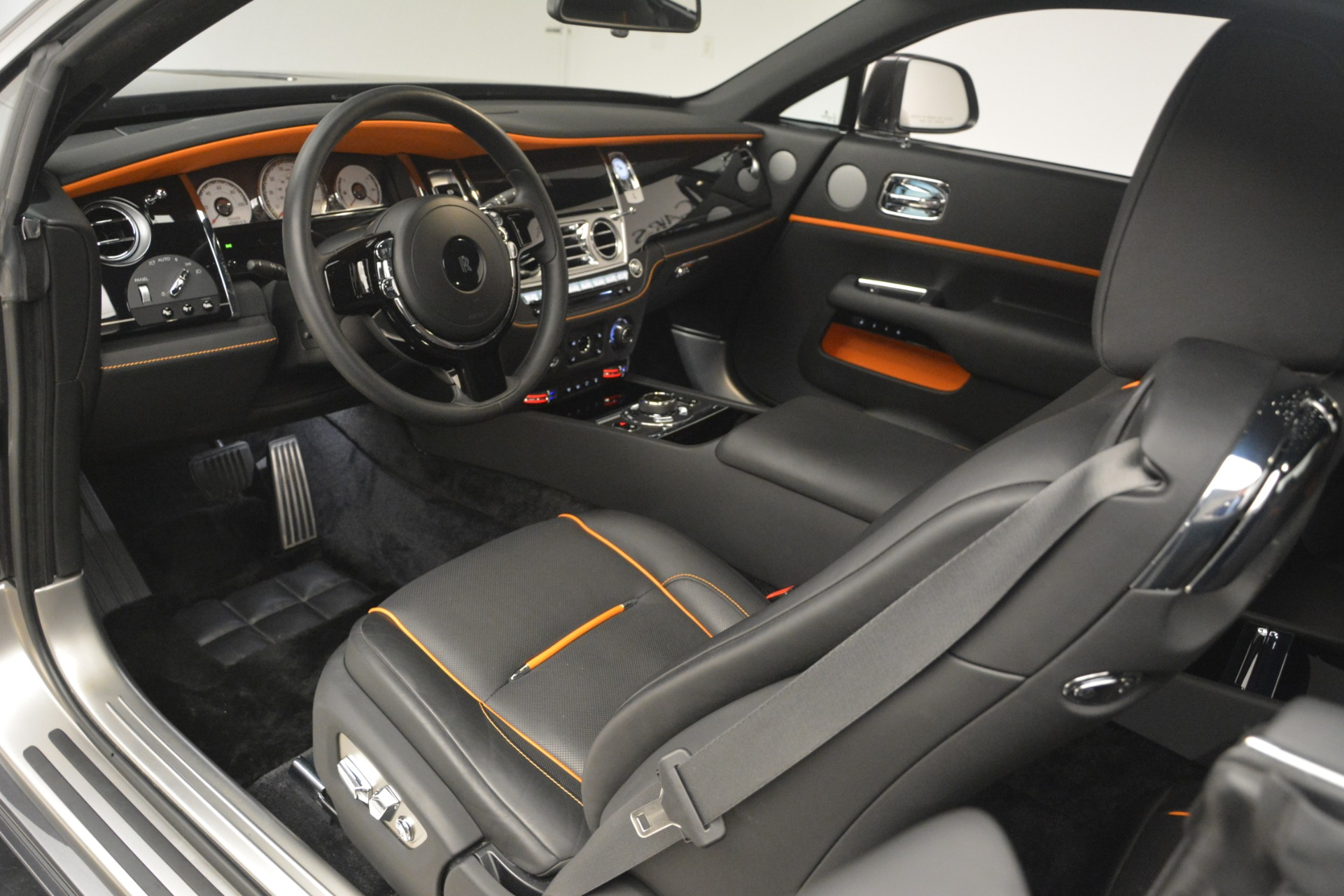 Used 2018 Rolls-Royce Wraith  For Sale In Greenwich, CT 3196_p23