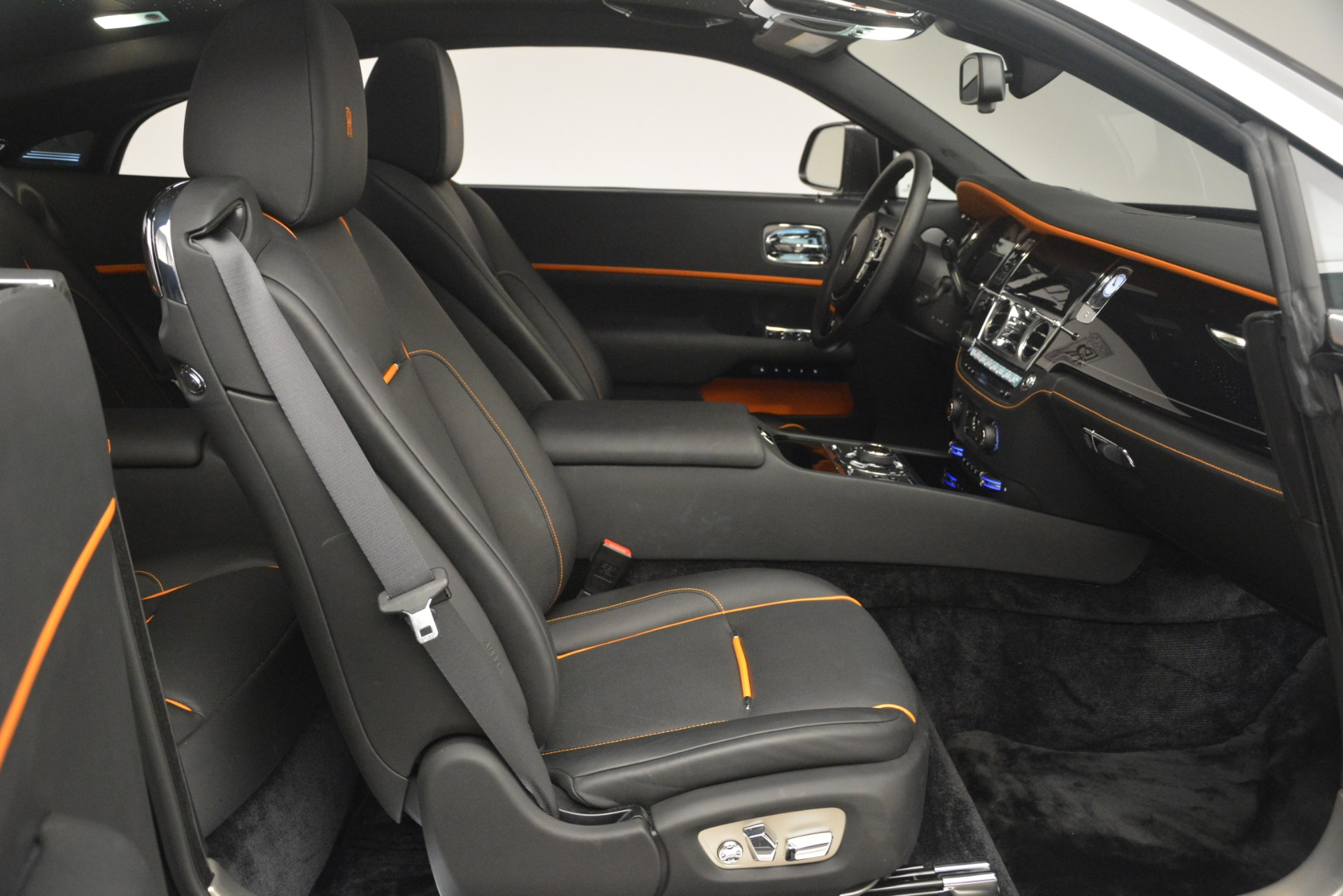 Used 2018 Rolls-Royce Wraith  For Sale In Greenwich, CT 3196_p25
