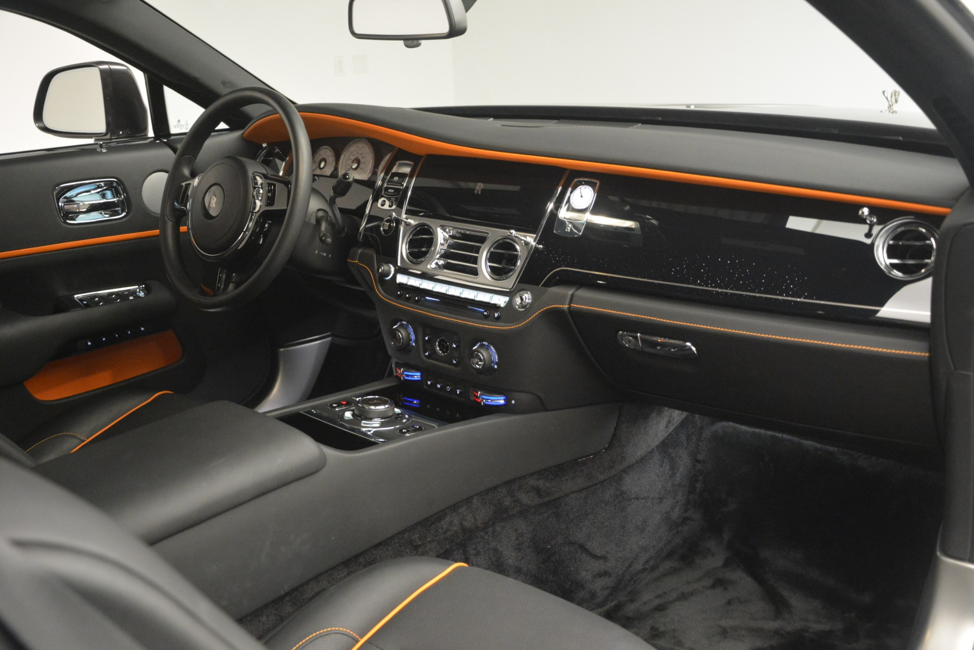 Used 2018 Rolls-Royce Wraith  For Sale In Greenwich, CT 3196_p26